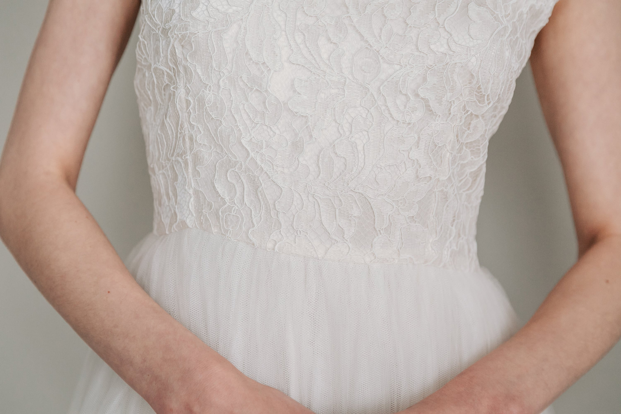 Kate-Beaumont-Sheffield-Mimosa-Lace-Tulle-Bohemian-Wedding-Gown-4.jpg