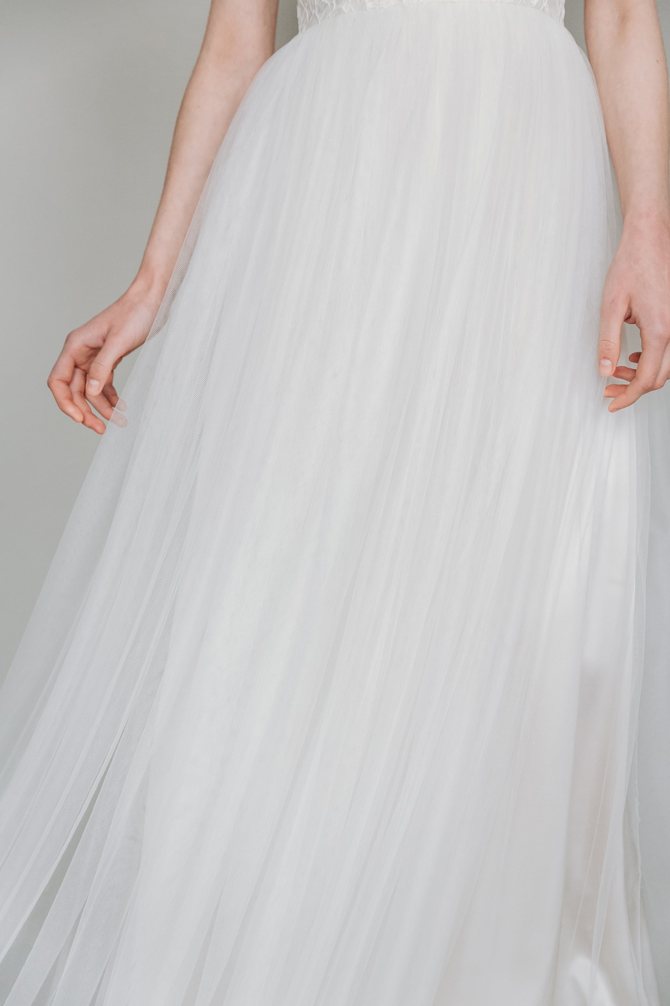 Kate-Beaumont-Sheffield-Mimosa-Lace-Tulle-Bohemian-Wedding-Gown-6.jpg
