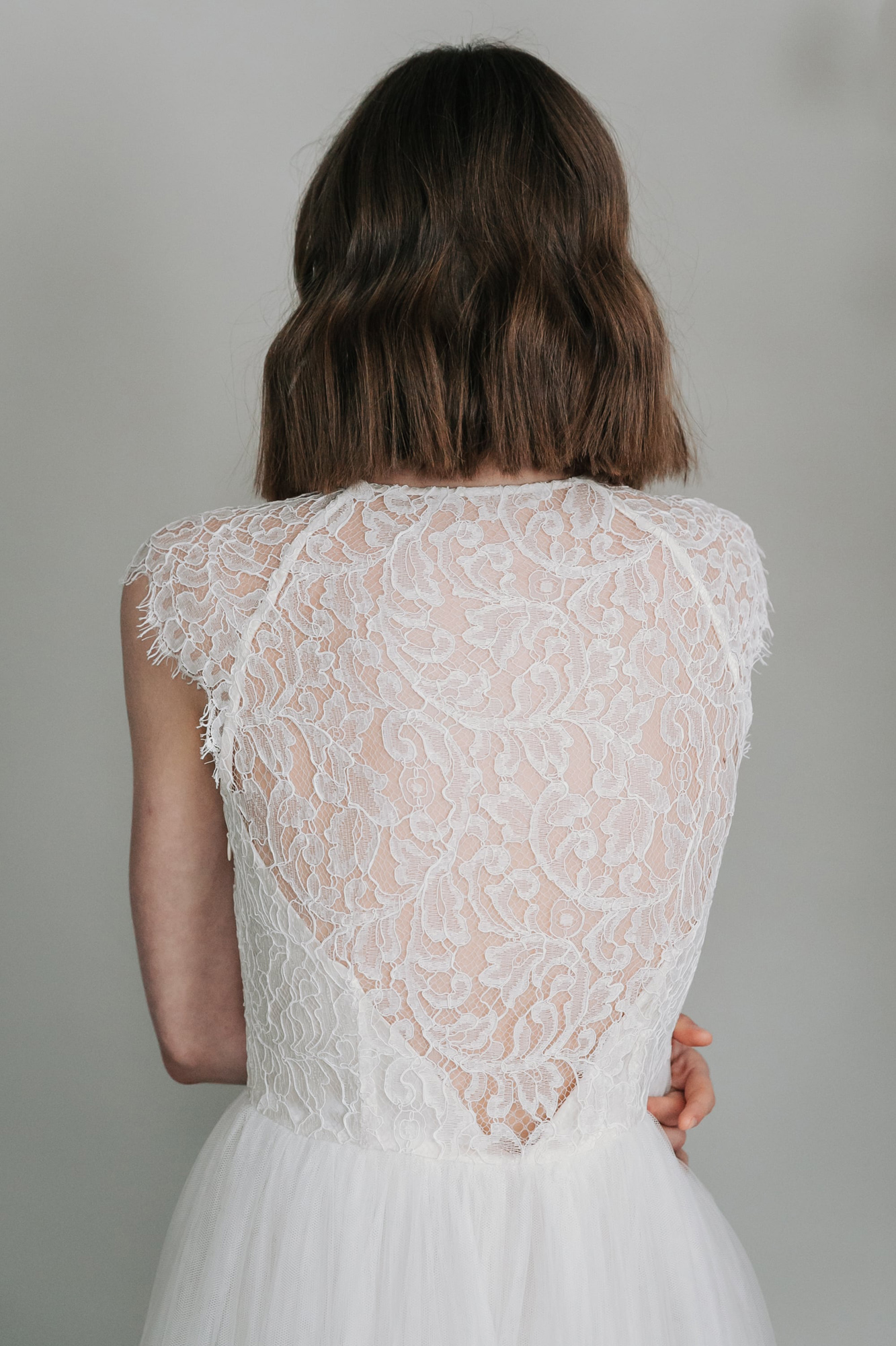 Kate-Beaumont-Sheffield-Mimosa-Lace-Tulle-Bohemian-Wedding-Gown-14.jpg