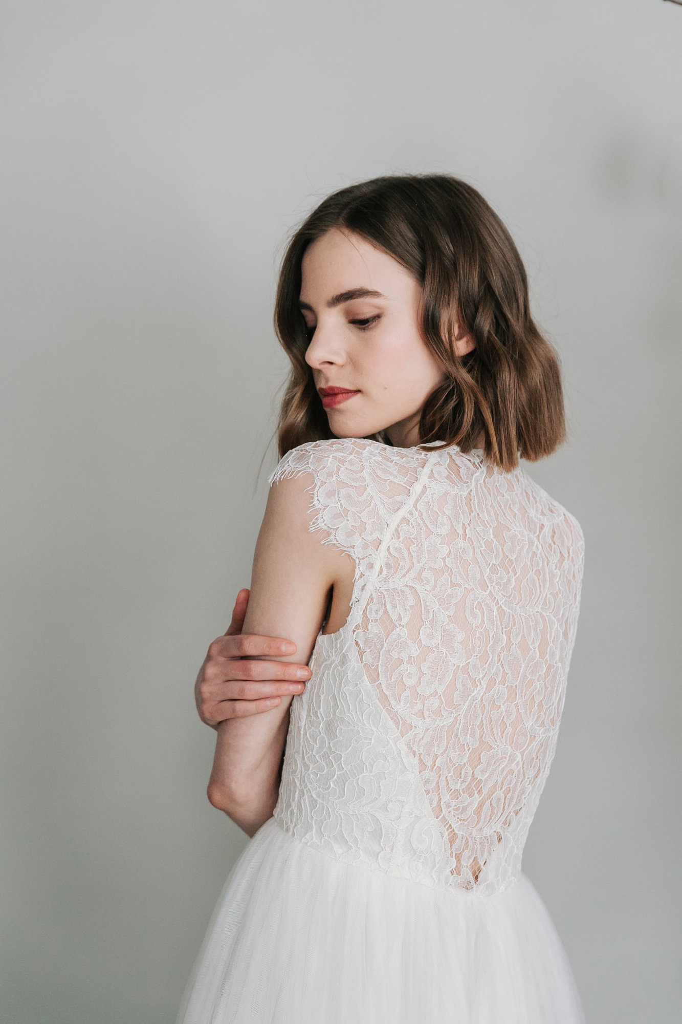 Kate-Beaumont-Sheffield-Mimosa-Lace-Tulle-Bohemian-Wedding-Gown-15.jpg