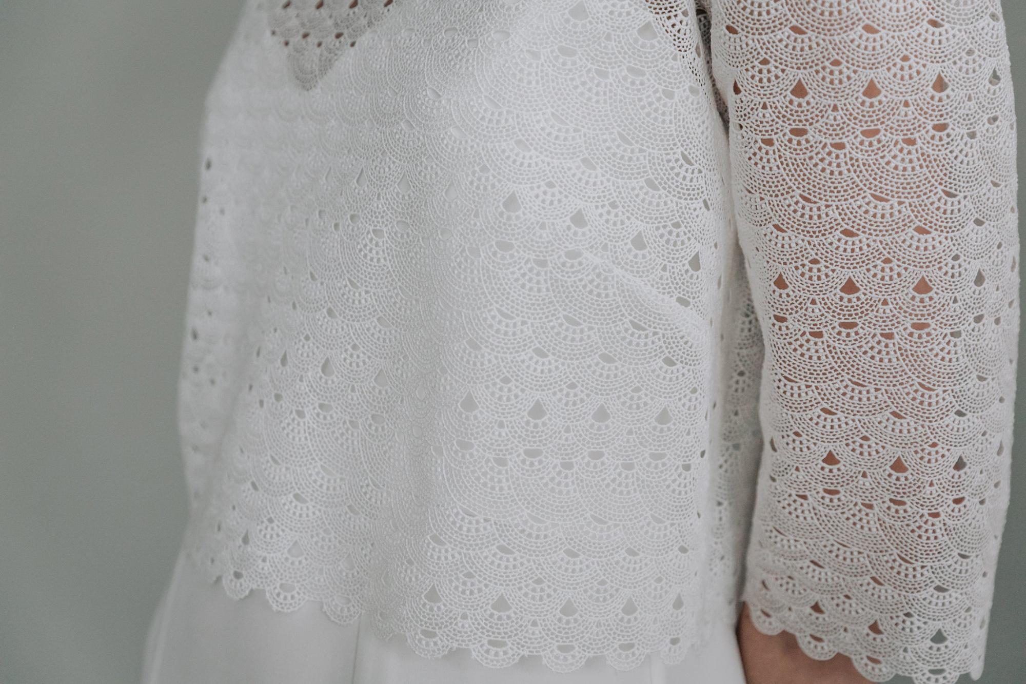 Kate-Beaumont-Sheffield-Freesia-Guipure-Lace-Jacket-Snowdrop-Minimal-Modern-Elegant-Matt-Silk-Wedding-Gown-5.jpg