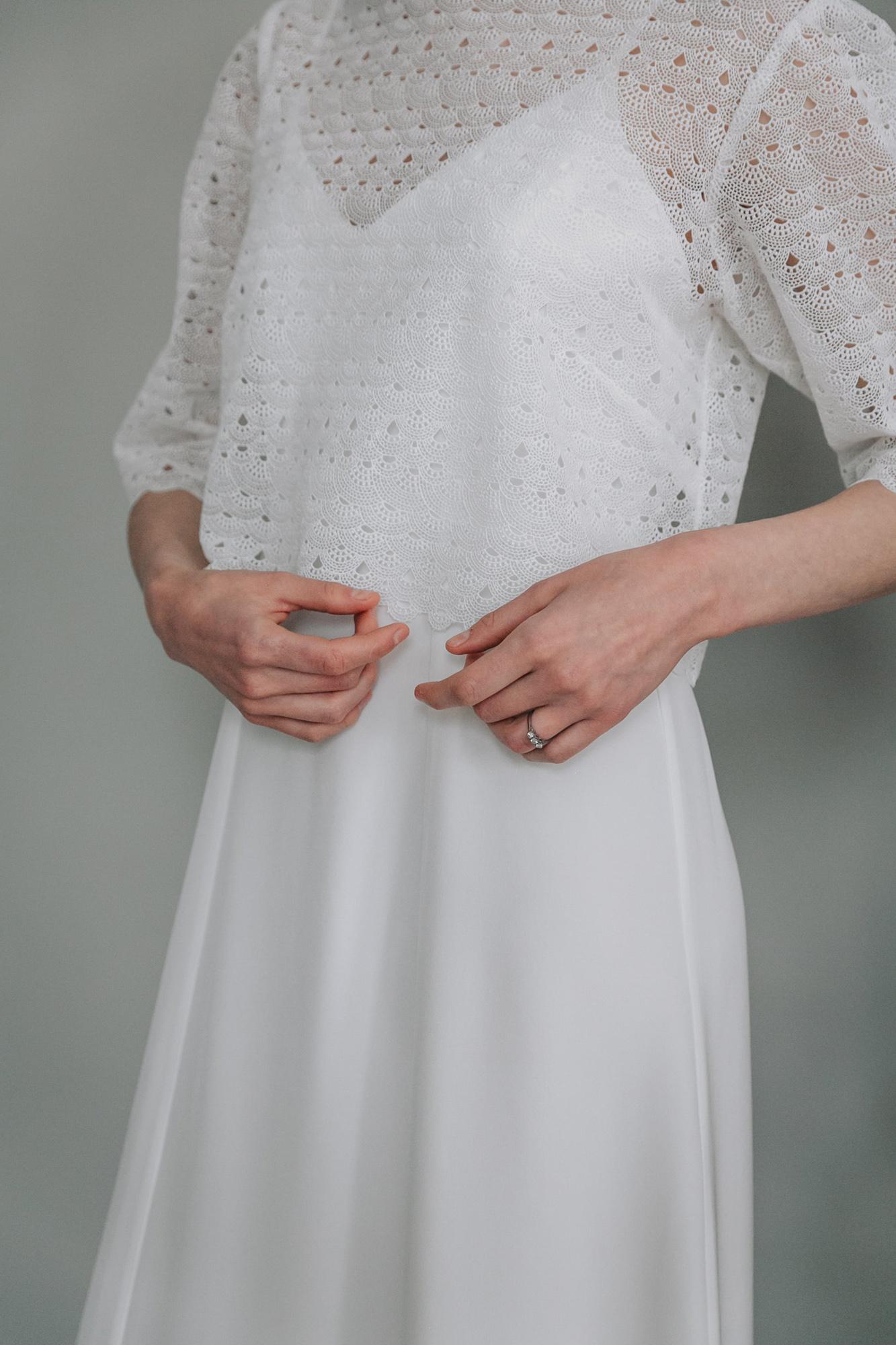 Kate-Beaumont-Sheffield-Freesia-Guipure-Lace-Jacket-Snowdrop-Minimal-Modern-Elegant-Matt-Silk-Wedding-Gown-7.jpg