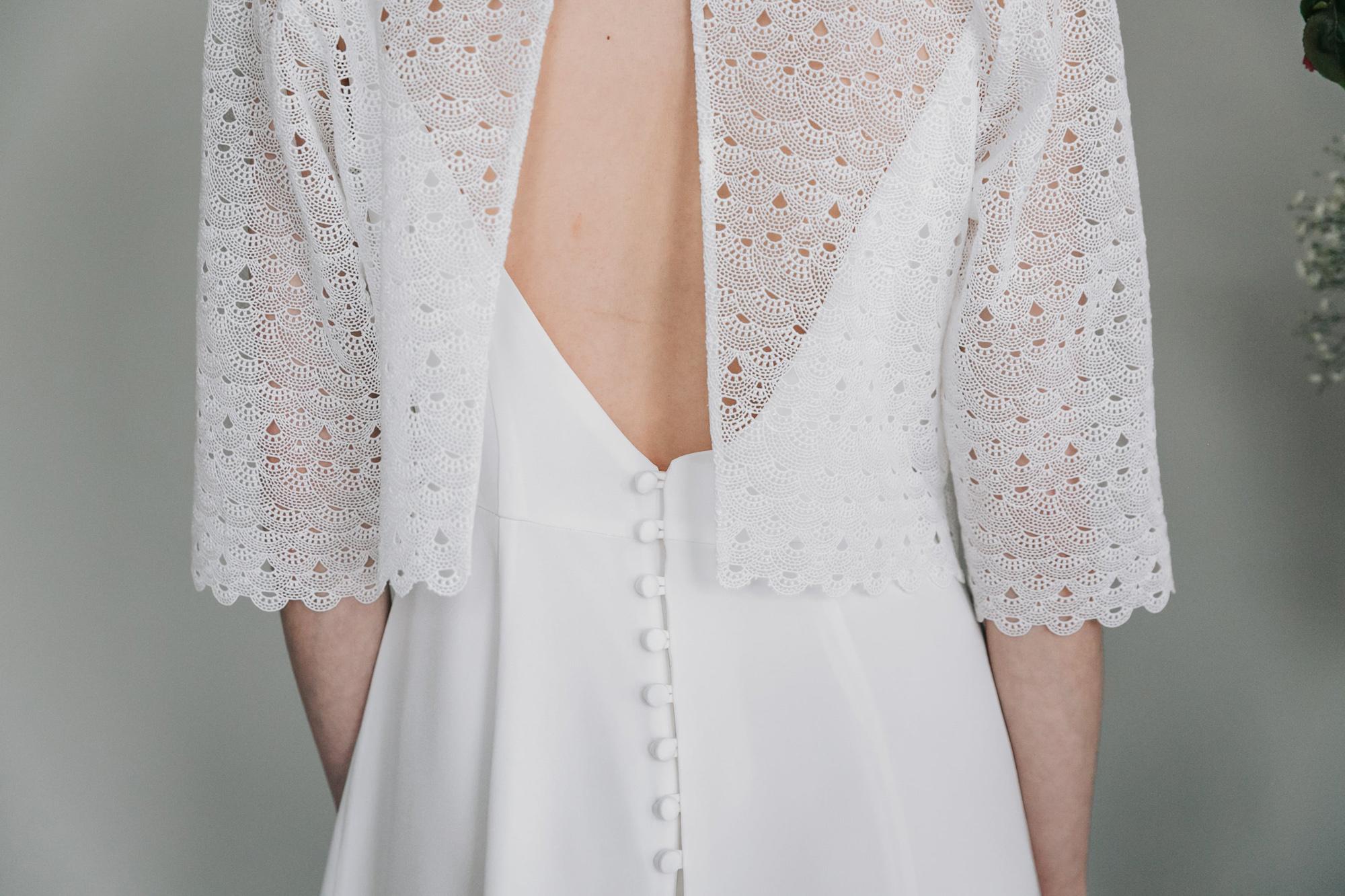 Kate-Beaumont-Sheffield-Freesia-Guipure-Lace-Jacket-Snowdrop-Minimal-Modern-Elegant-Matt-Silk-Wedding-Gown-11.jpg