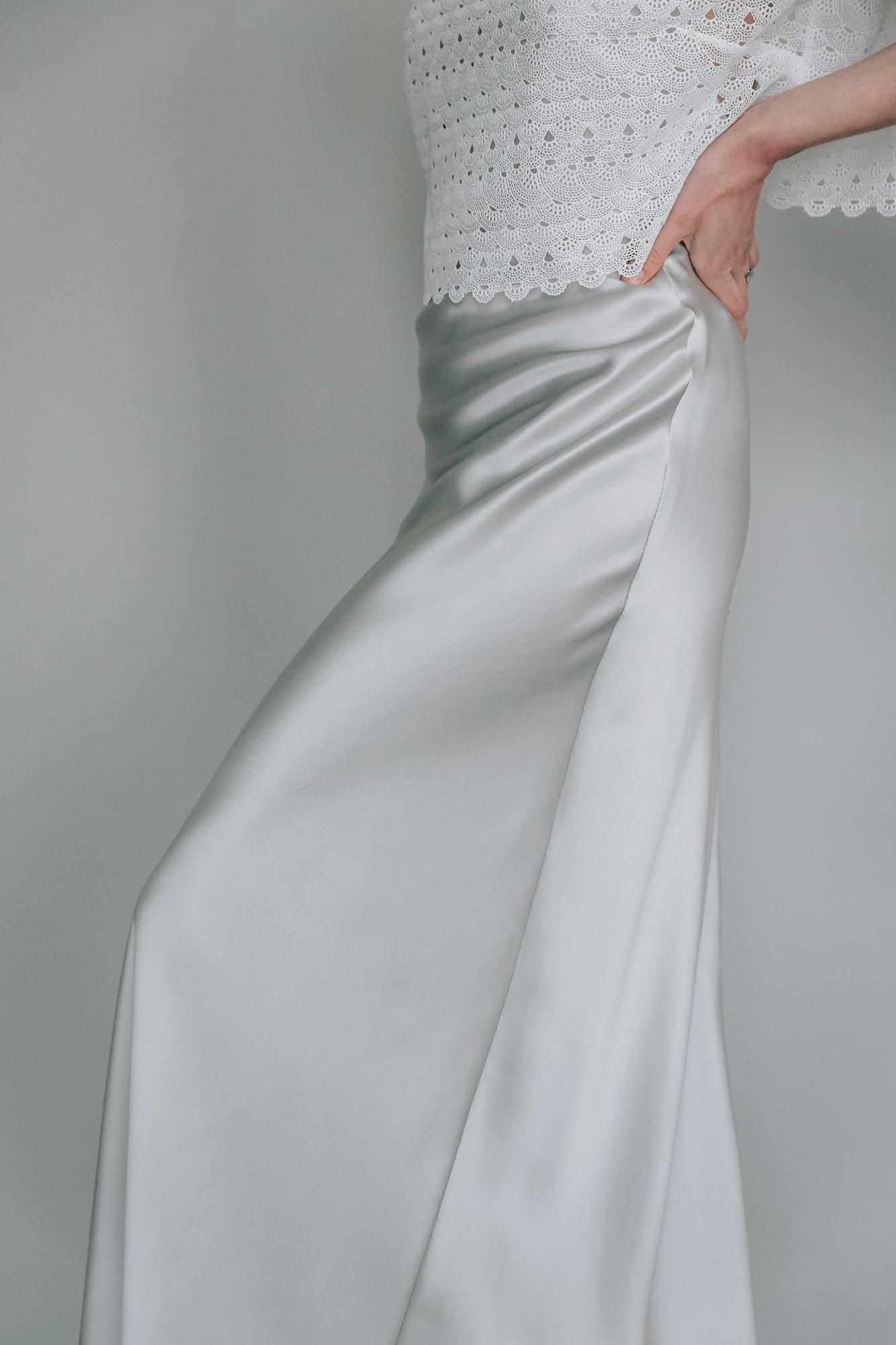 Kate-Beaumont-Sheffield-Freesia-Guipure-Lace-Jacket-Cosmos-Bias-Cut-Silver-Silk-Wedding-Gown-4.jpg