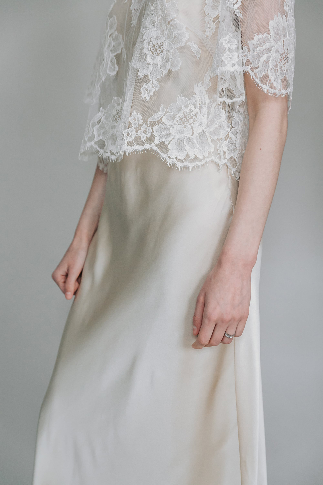 Kate-Beaumont-Sheffield-Rosa-Floral-Lace-Jacket-Thistle-Bias-Cut-Pearl-Silk-Wedding-Gown-5.jpg
