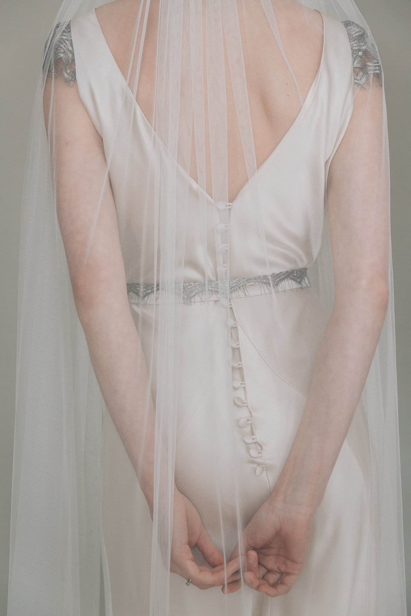 Kate-Beaumont-Sheffield-Picot-Edge-Silky-Tulle-Ethereal-Veil-5.jpg