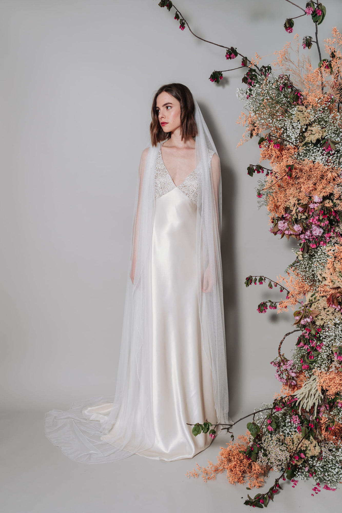 Kate-Beaumont-Sheffield-Picot-Edge-Silky-Tulle-Ethereal-Veil-12.jpg