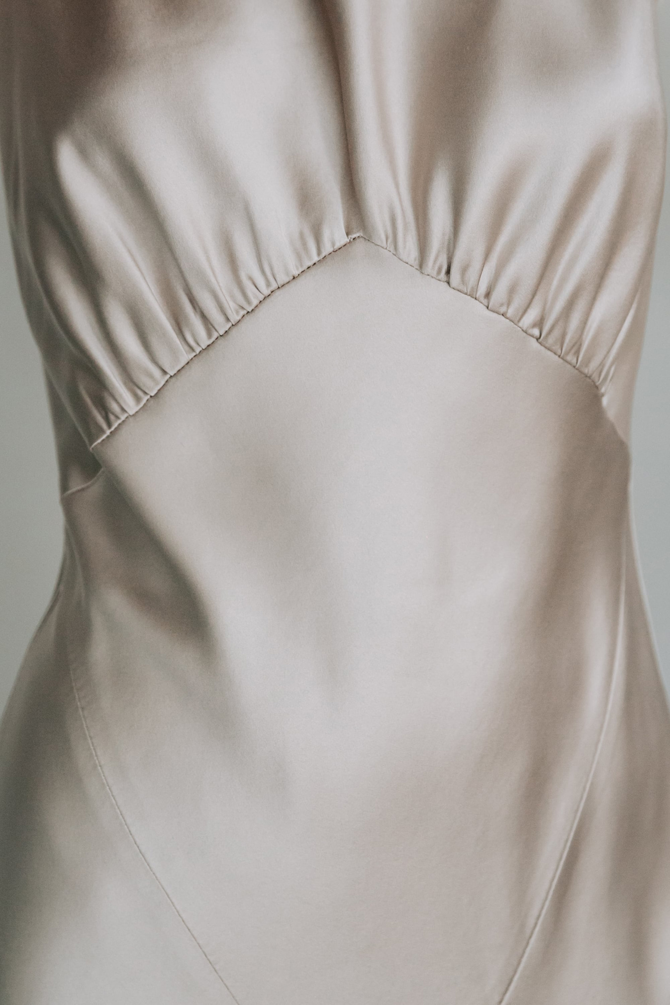 Kate-Beaumont-Sheffield-Honeysuckle-Bias-Cut-Silk-Panelled-Wedding-Gown-6.jpg