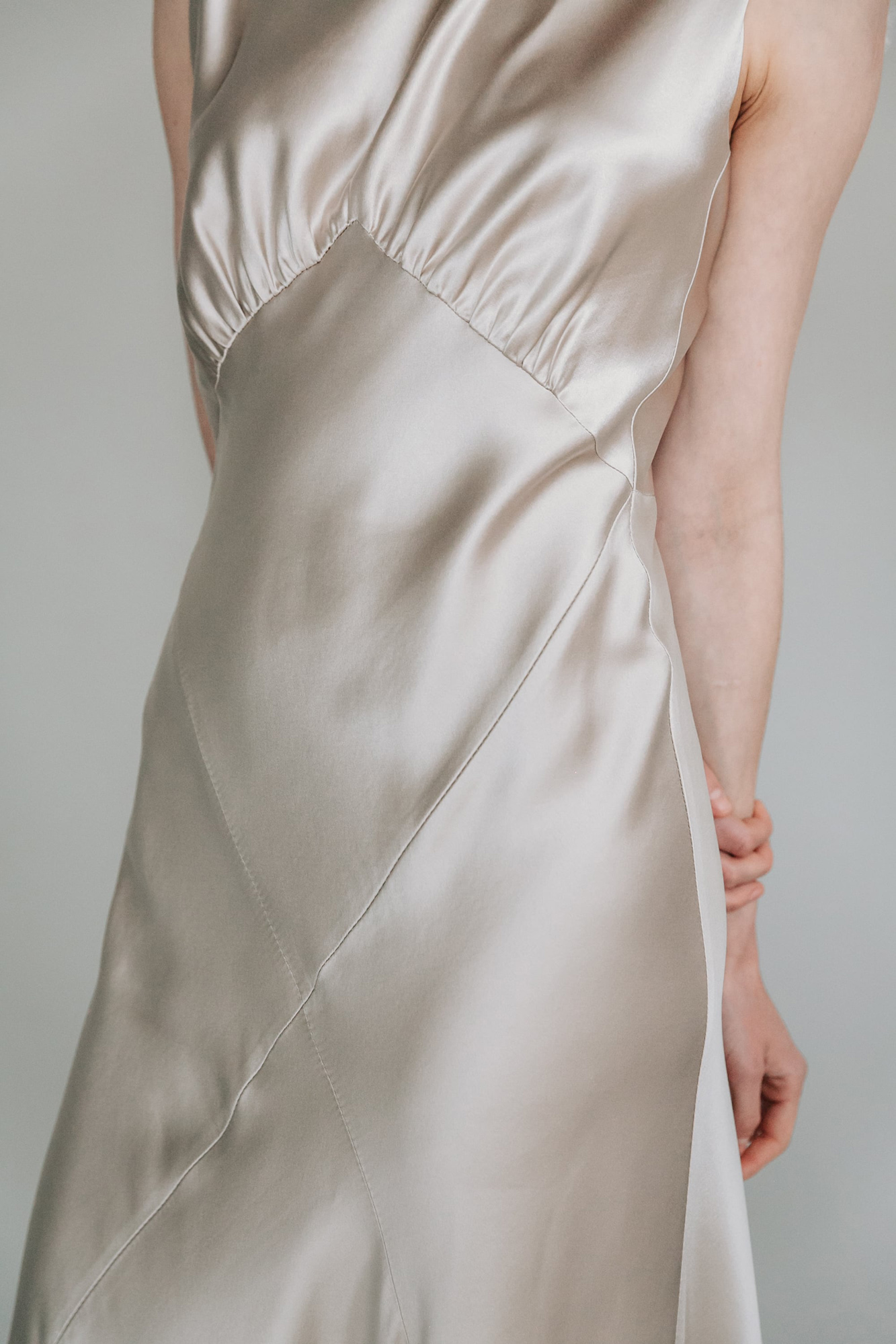 Kate-Beaumont-Sheffield-Honeysuckle-Bias-Cut-Silk-Panelled-Wedding-Gown-9.jpg