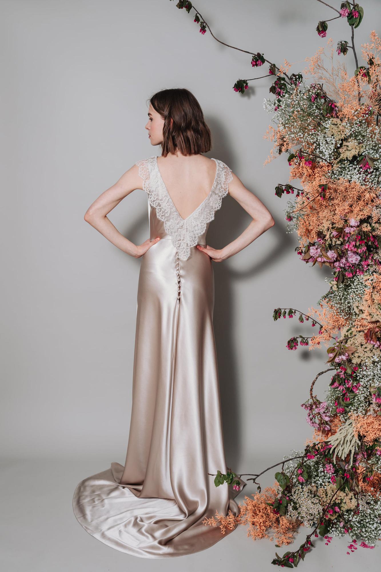 Kate-Beaumont-Sheffield-Honeysuckle-Bias-Cut-Silk-Panelled-Wedding-Gown-15.jpg