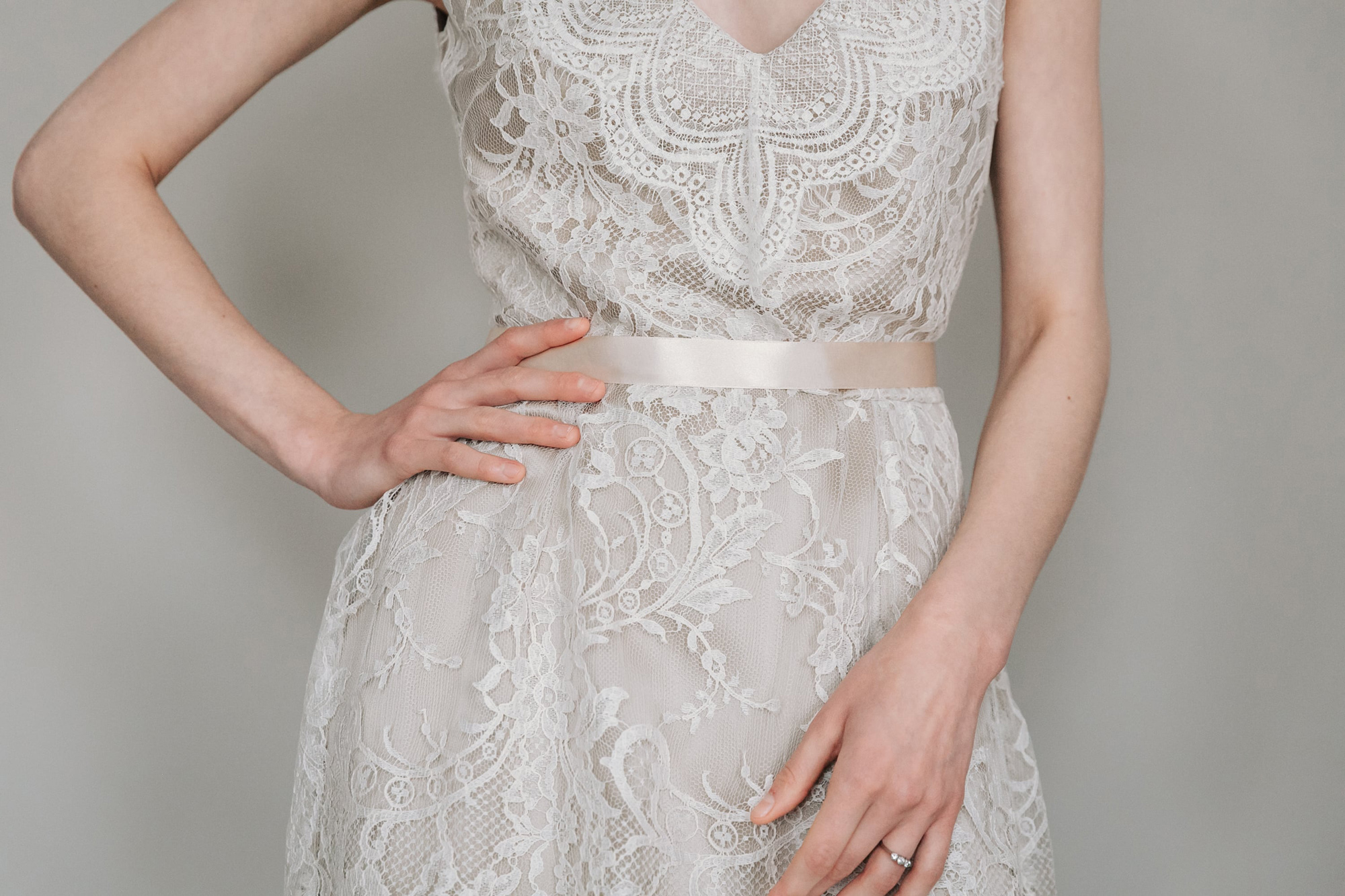 Kate-Beaumont-Sheffield-Wild-Lupin-Bohemian-Lace-Wedding-Gown-Tiered-Skirt-3.jpg