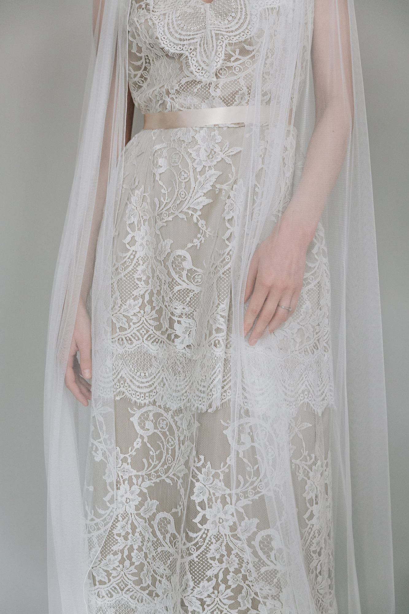 Kate-Beaumont-Sheffield-Wild-Lupin-Bohemian-Lace-Wedding-Gown-Tiered-Skirt-13.jpg