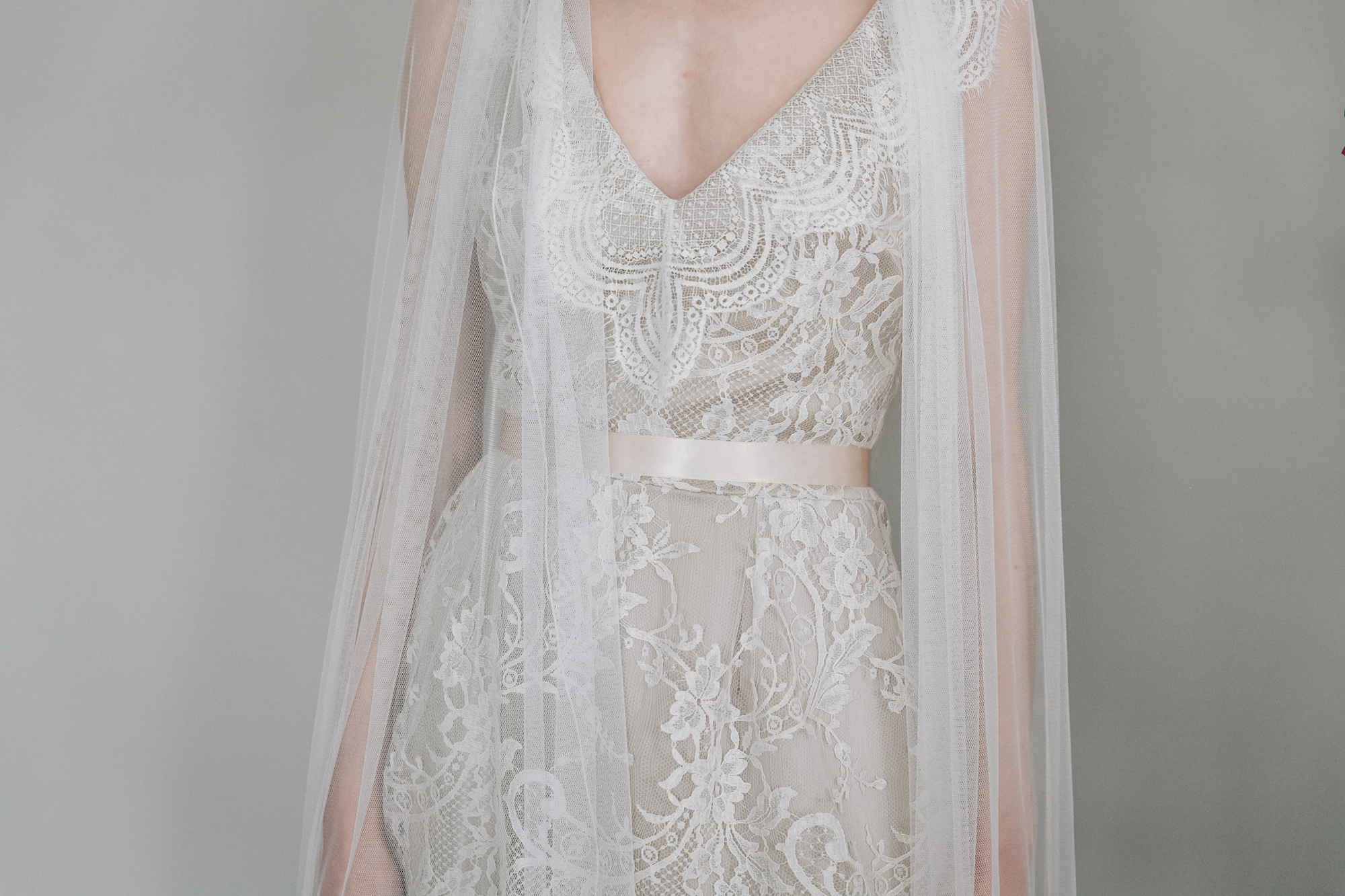 Kate-Beaumont-Sheffield-Wild-Lupin-Bohemian-Lace-Wedding-Gown-Tiered-Skirt-15.jpg