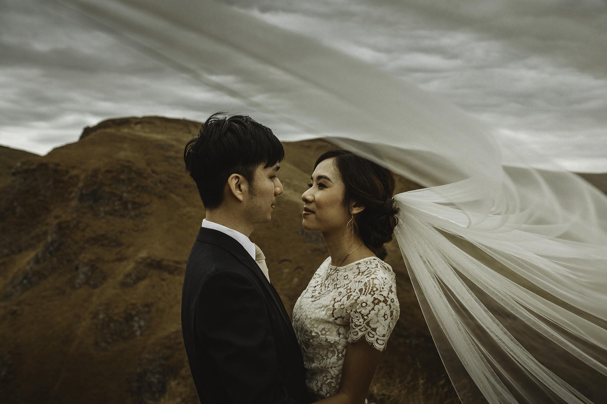 Kate-Beaumont-Wedding-Dress-Bridal-Separates-Peak-District-Shoot-2.jpg