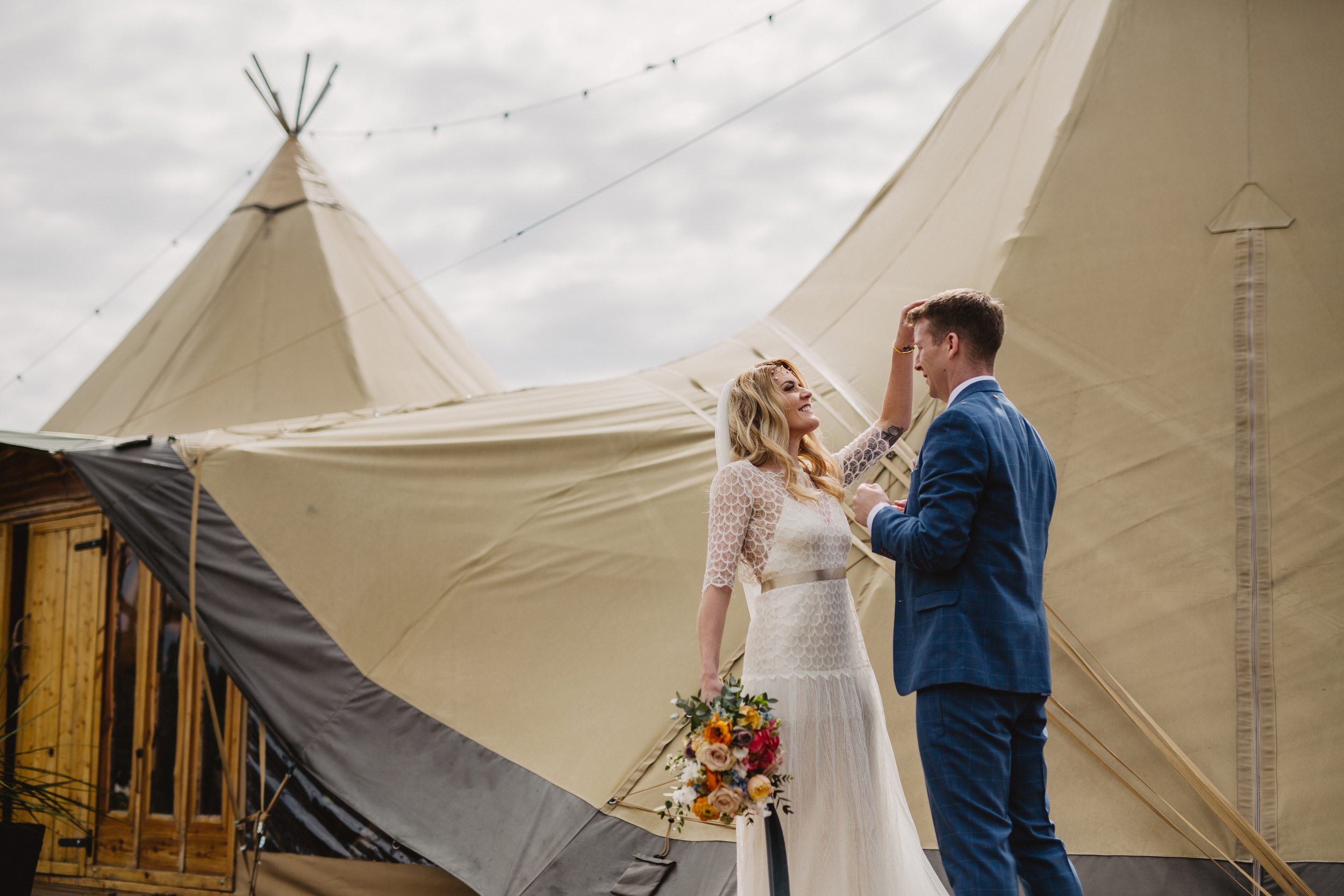 Gemma-Bohemian-Outdoor-Tipi-Wedding-Laid-Back-Relaxed-Family-Wedding-Kate-Beaumont-Astilbe-by-S6-Photography-Sheffield-23.jpg