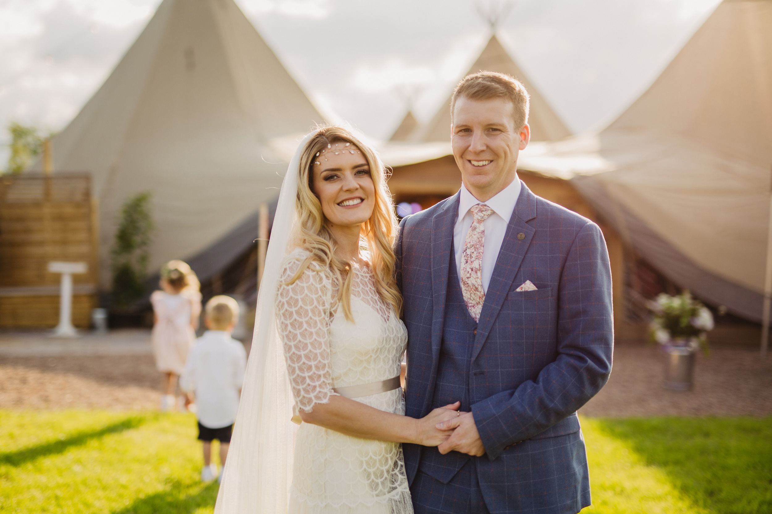 Gemma-Bohemian-Outdoor-Tipi-Wedding-Laid-Back-Relaxed-Family-Wedding-Kate-Beaumont-Astilbe-by-S6-Photography-Sheffield-43.jpg