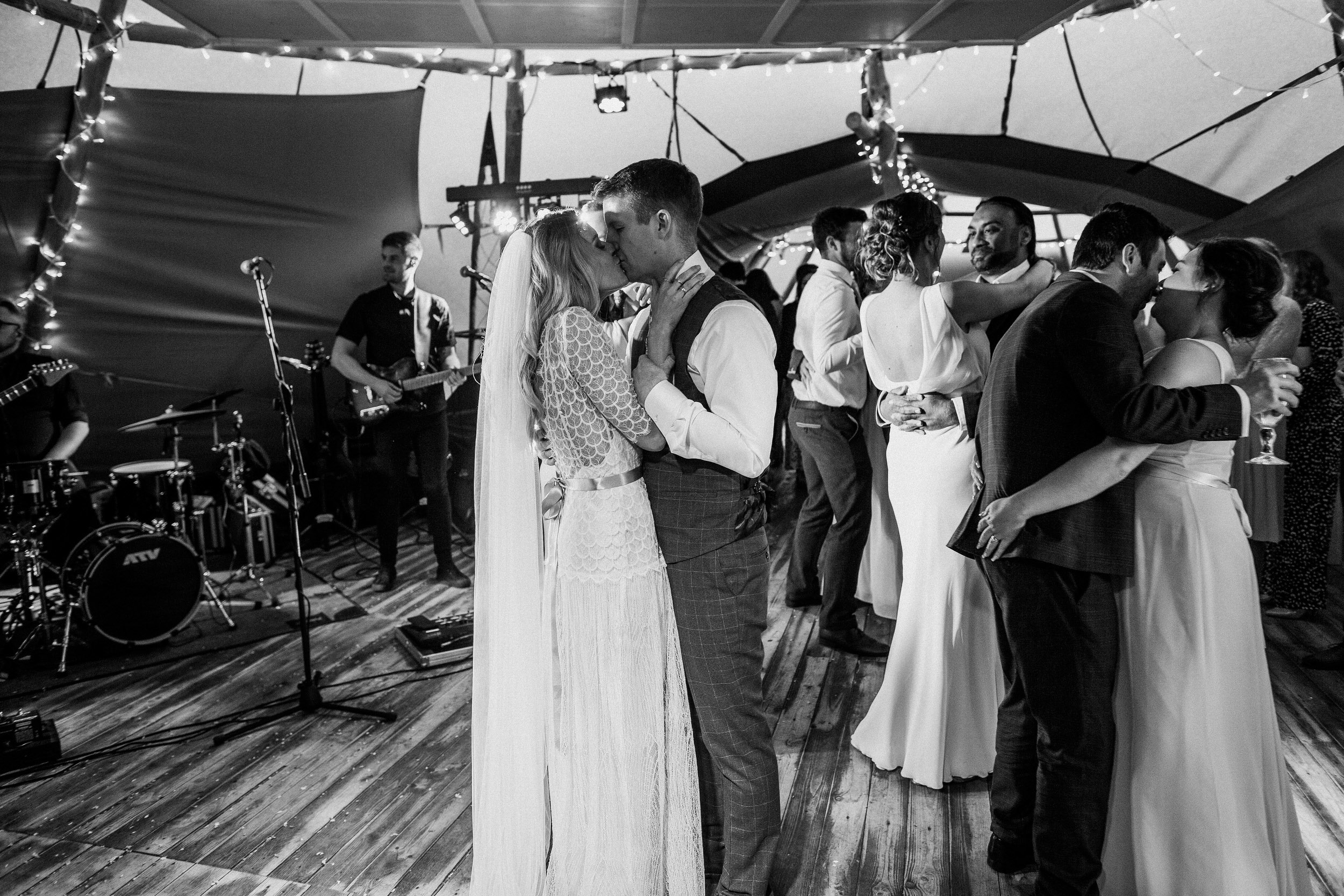 Gemma-Bohemian-Outdoor-Tipi-Wedding-Laid-Back-Relaxed-Family-Wedding-Kate-Beaumont-Astilbe-by-S6-Photography-Sheffield-57.jpg