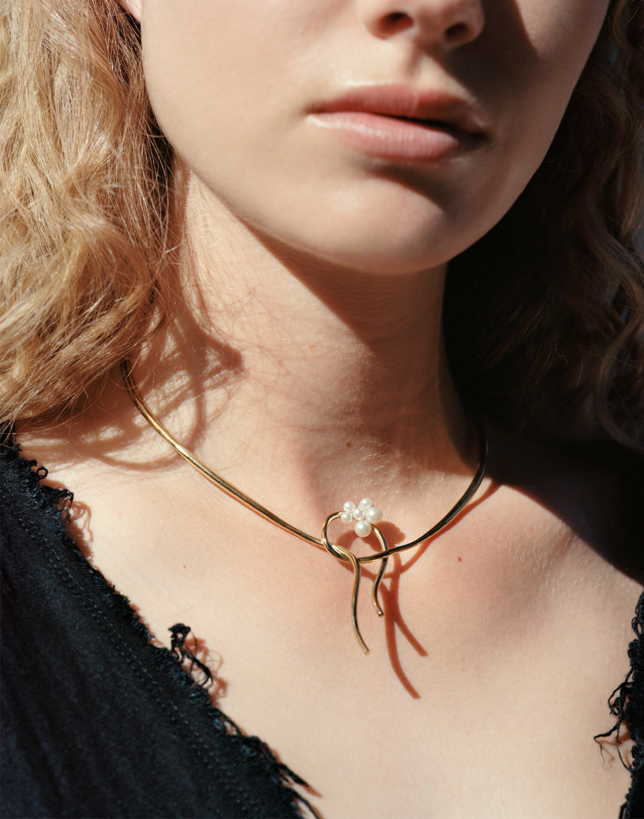 Completedworks-Tied-18ct-Gold-on-Silver-Necklace-A1077-10.jpg