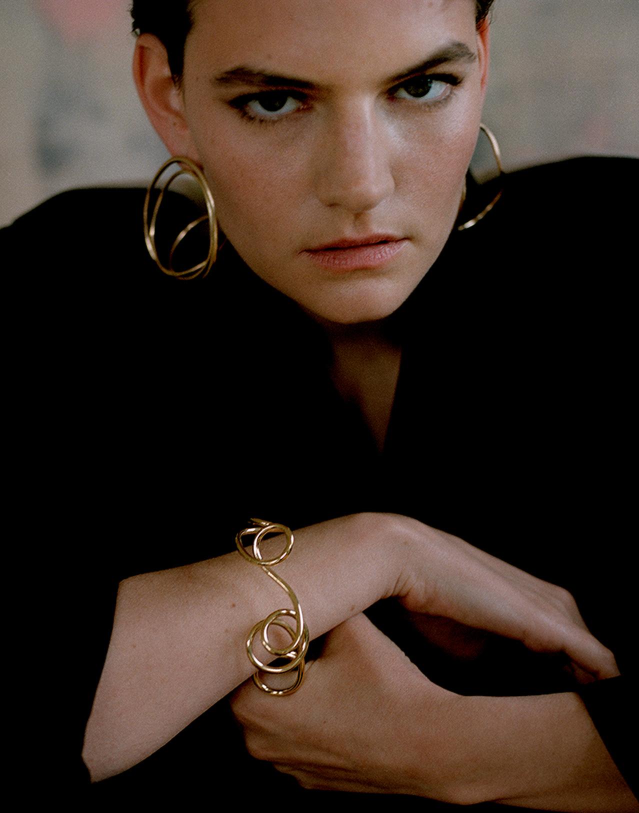 Completedworks-jewellery-S1004-An-Element-of-Suspense-Bracelets-1-11.jpg