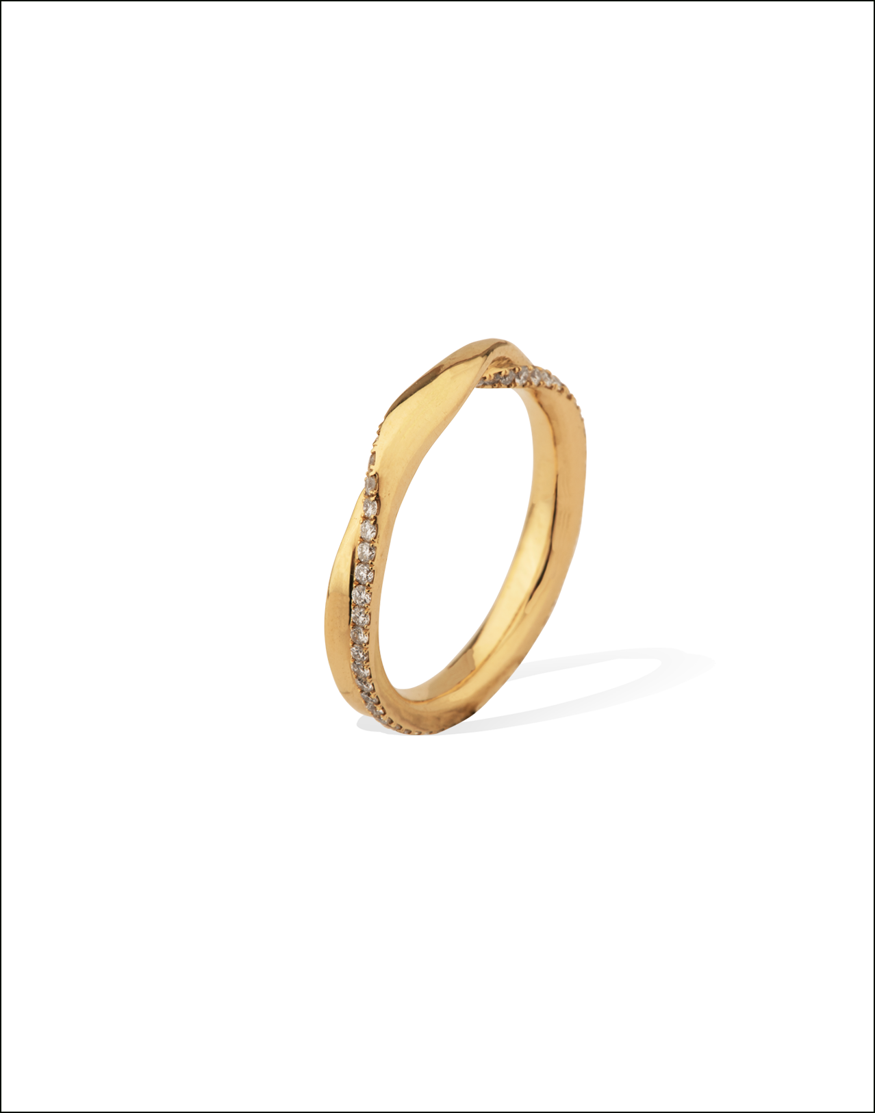 Completedworks-Wedding-Band-Doublement-Gold-Ring-3-1.png
