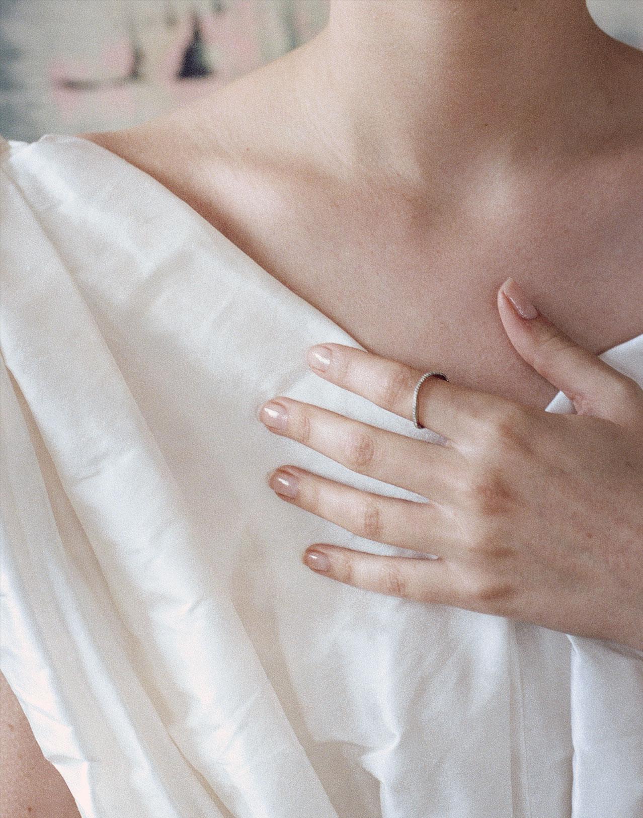 Completedworks-Wedding-Band-Wave-Gold-Ring-10-1.jpg