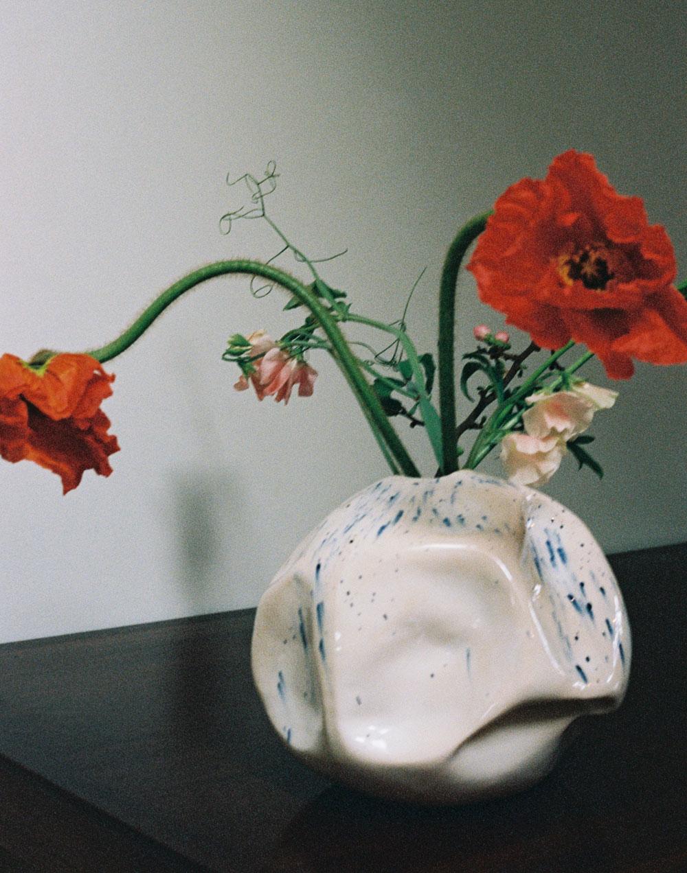 Completedworks-fold-ceramic-vase-silence-of-the-sea.jpg