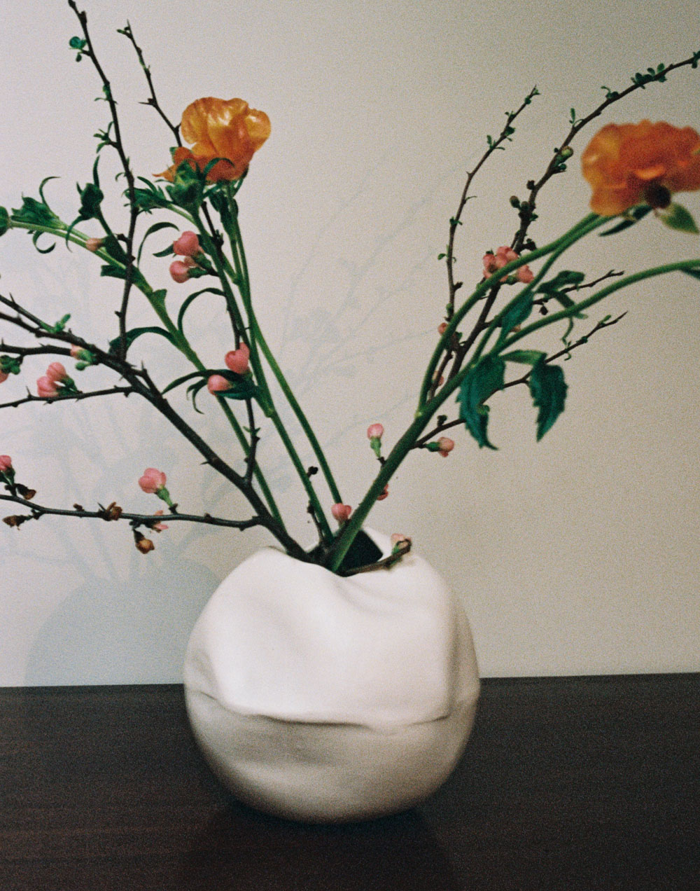 Completedworks-fold-ceramic-vase-ballast.jpg