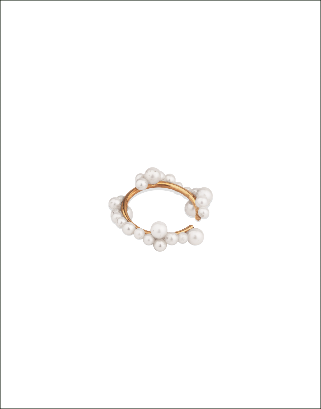 Completedworks-Ear-Cuff-Gold-Vermeil-Snow-3-1.png