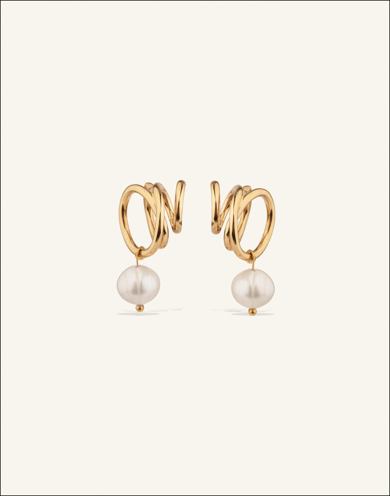 Completedworks-Flow-Earrings-Pearl-1.jpg