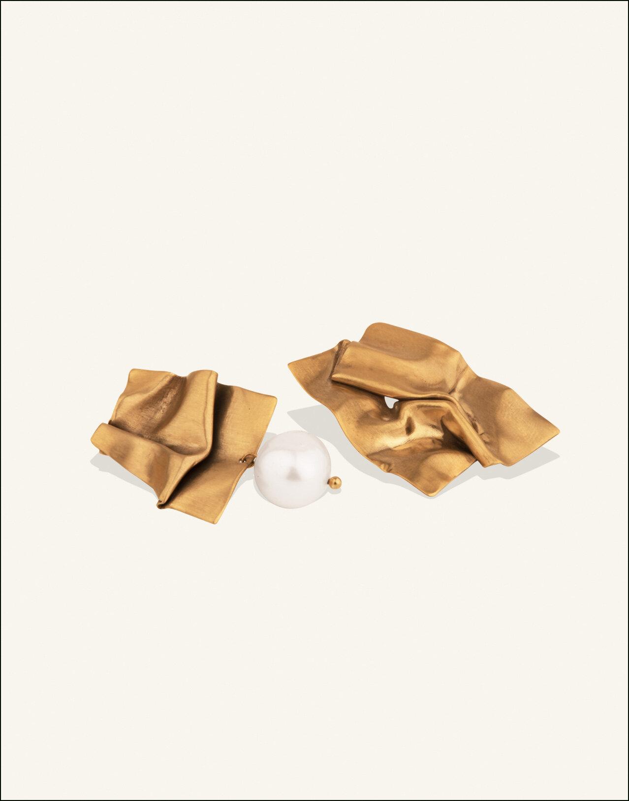 Completedworks-Gold-Vermeil-Earrings-Cohesion-3.jpg