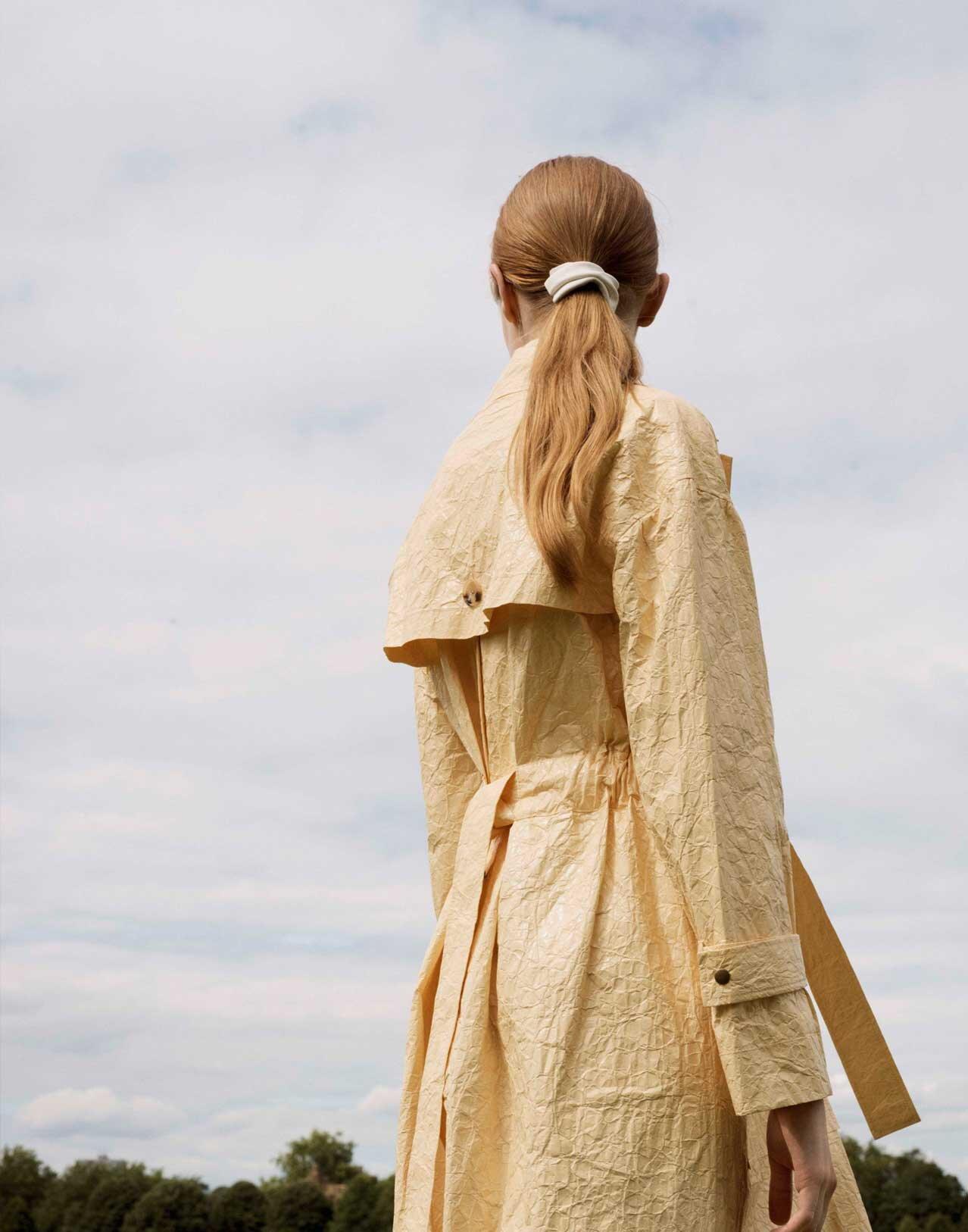 Completedworks-Gold-Vermeil-Hair-Barrette-Poolside-Gossip-11.jpg