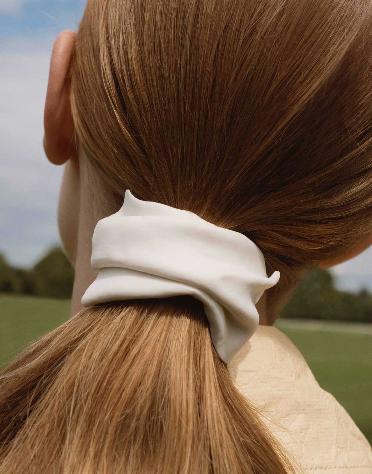 Completedworks-Gold-Vermeil-Hair-Barrette-Poolside-Gossip-10.jpg