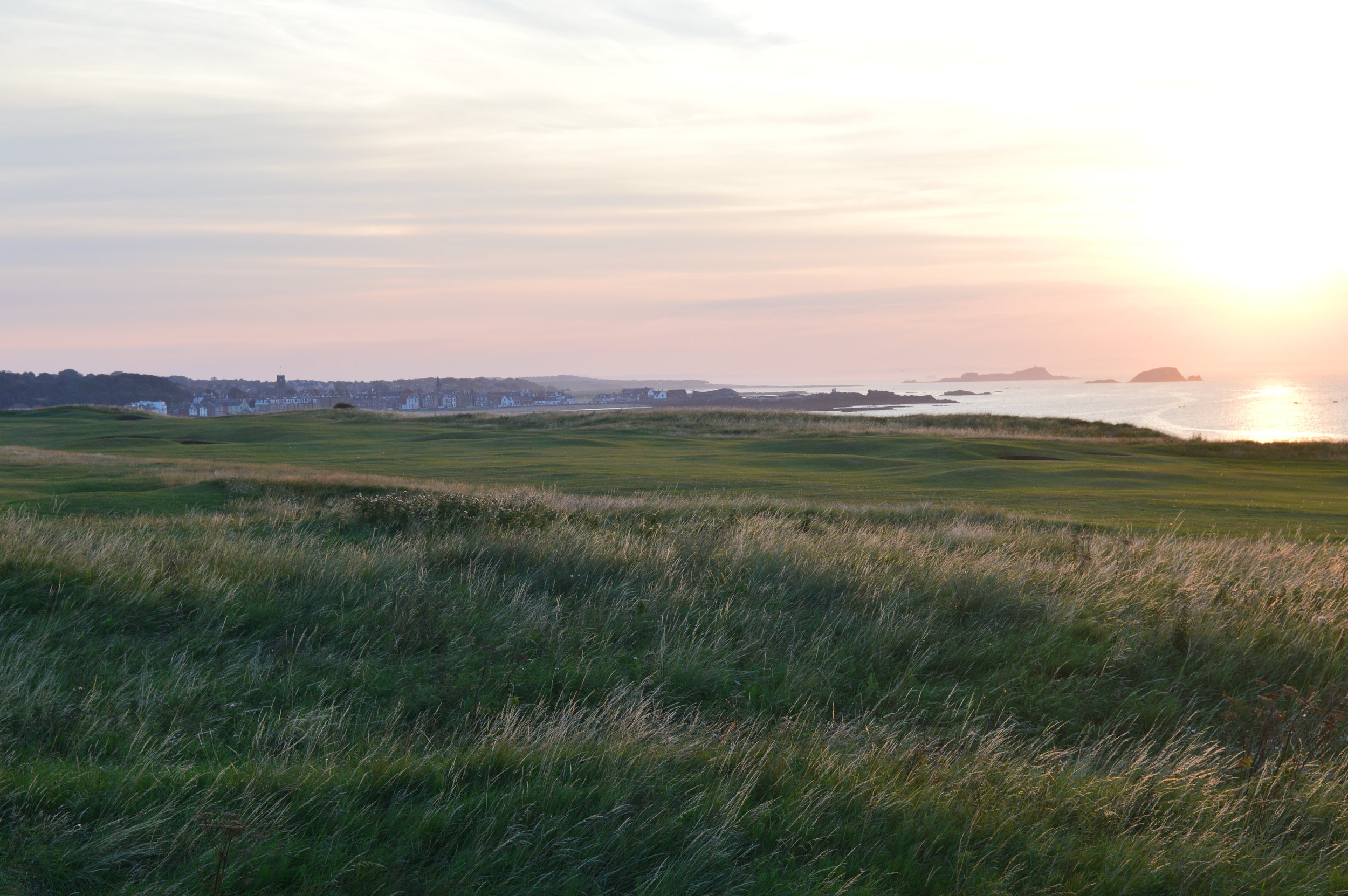 Set on a spectacular headland...     Member's Online Booking  Visitor Tee Time Booking
