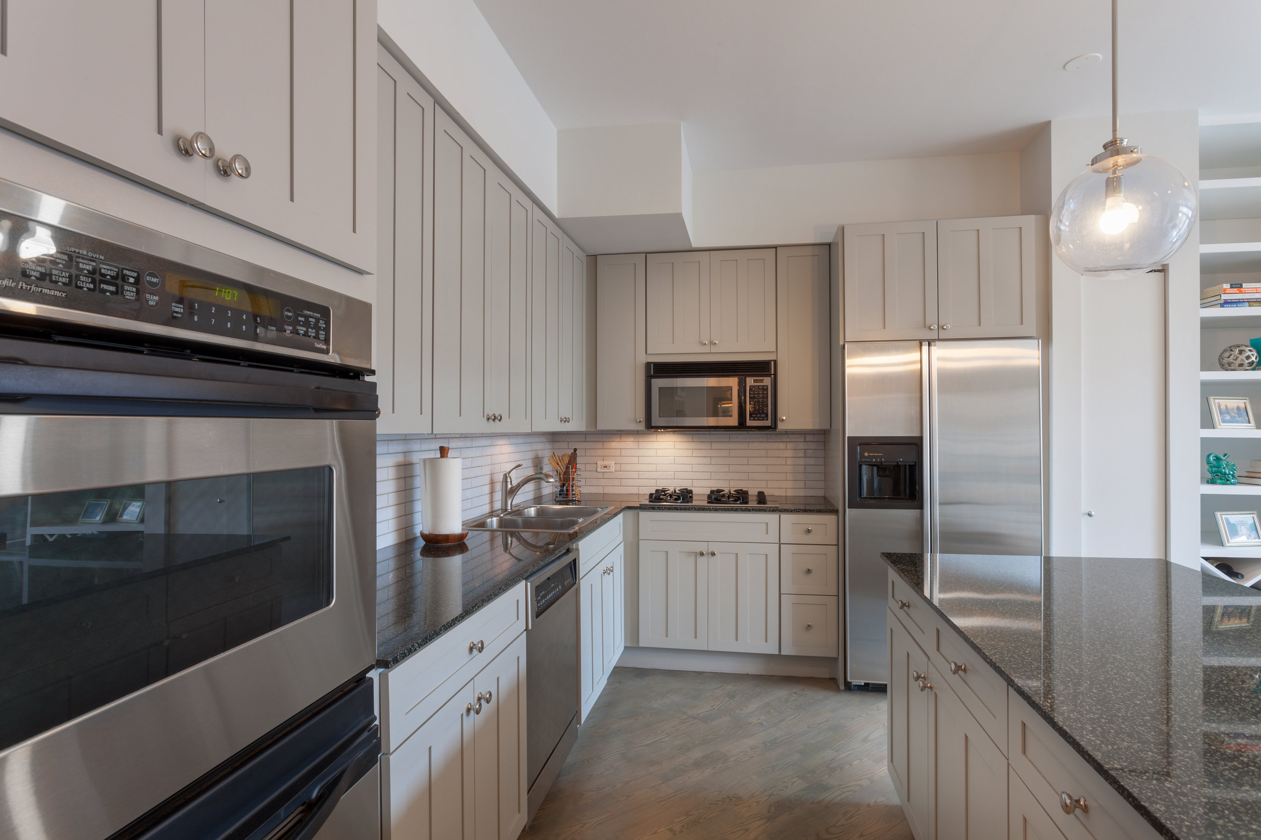 West Loop Condo - Construction Cost: $25,000Construction Time: 2 WeeksMarket Time: 15 DaysList Price: $675,000Sale Price: $670,000