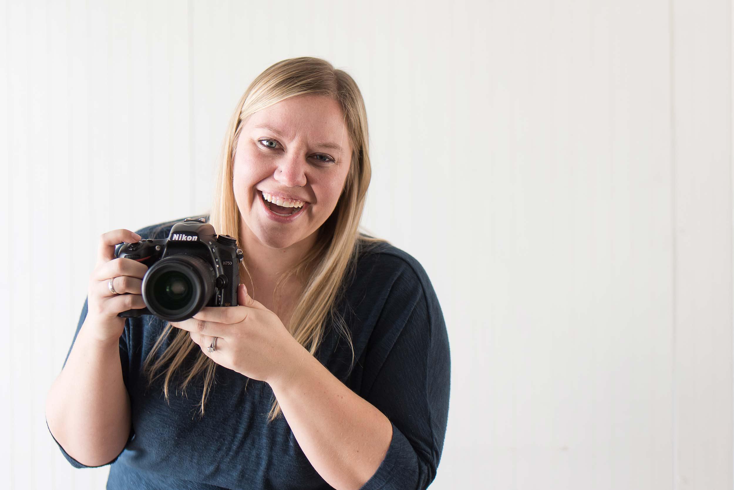 Laura Landin  |  Life & Art Photography  |  Destination and Elopement Wedding Photographer