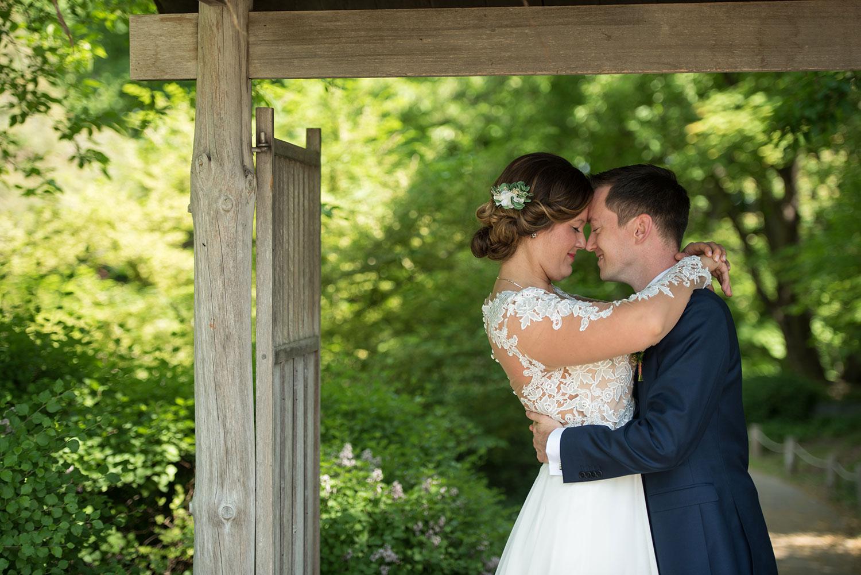 Bride and Groom Wedding Photo  |  Life & Art Photography  |  Destination Wedding Photographer