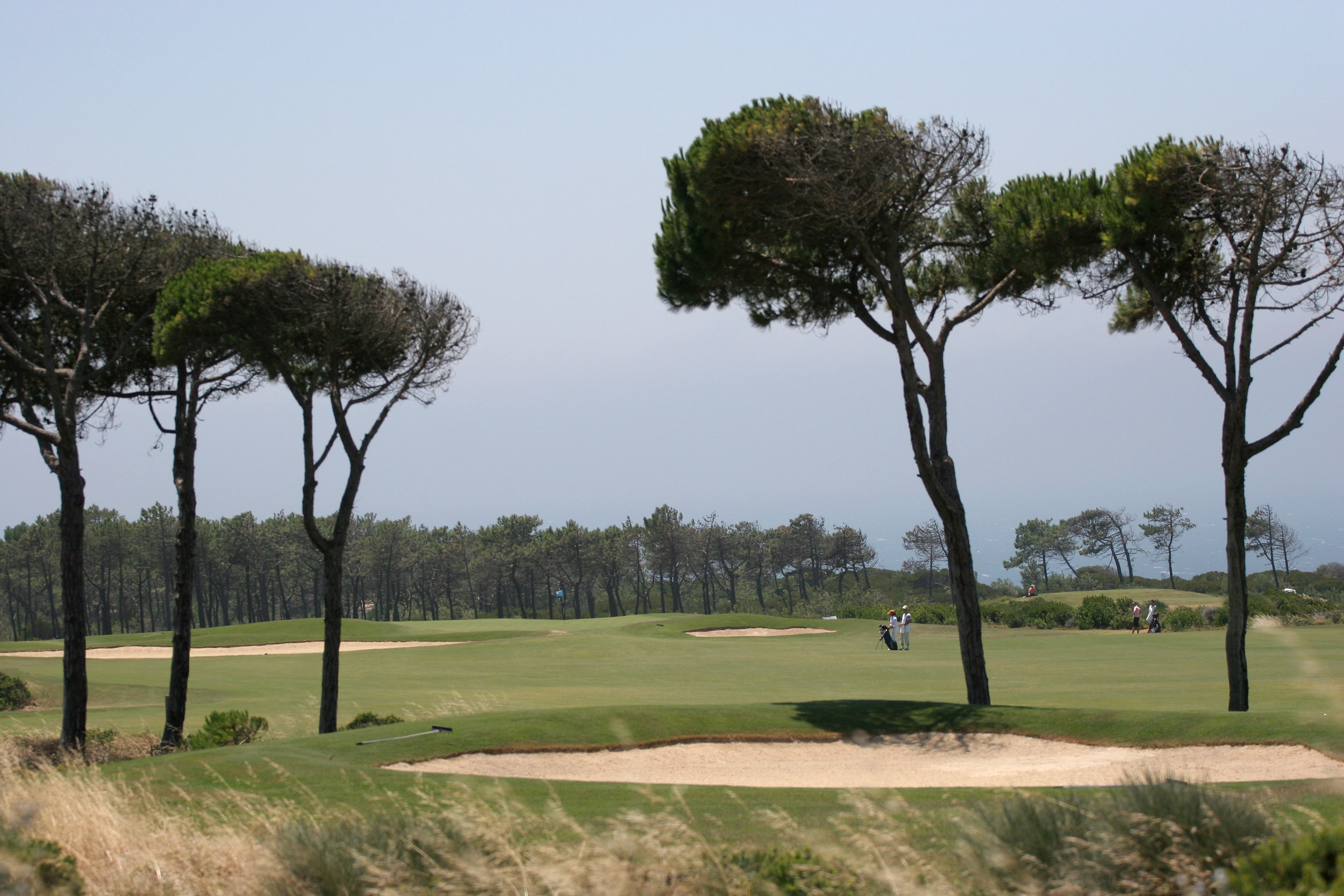 portugal_estoril_bigstock-Oitavos-Golf-Course-Estoril--1986092.jpg