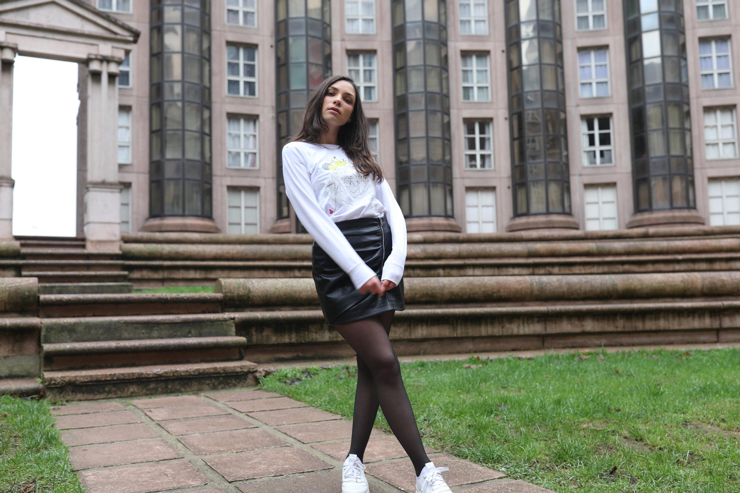 Retrouvez le sweatshirt  You and Me  sur notre site !