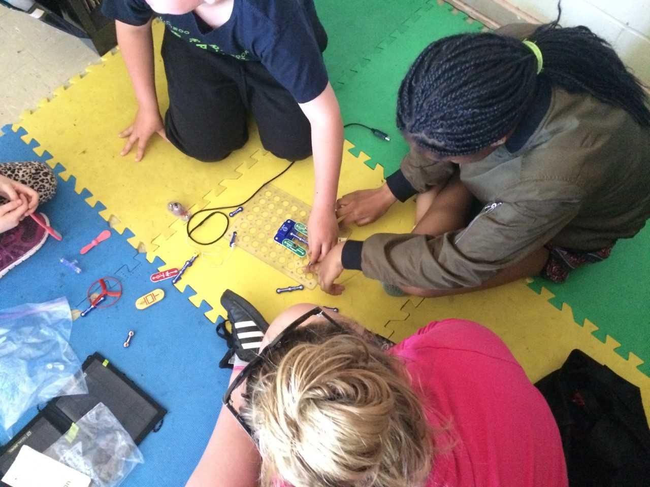 Clean Energy School Worshop Image 2.jpg
