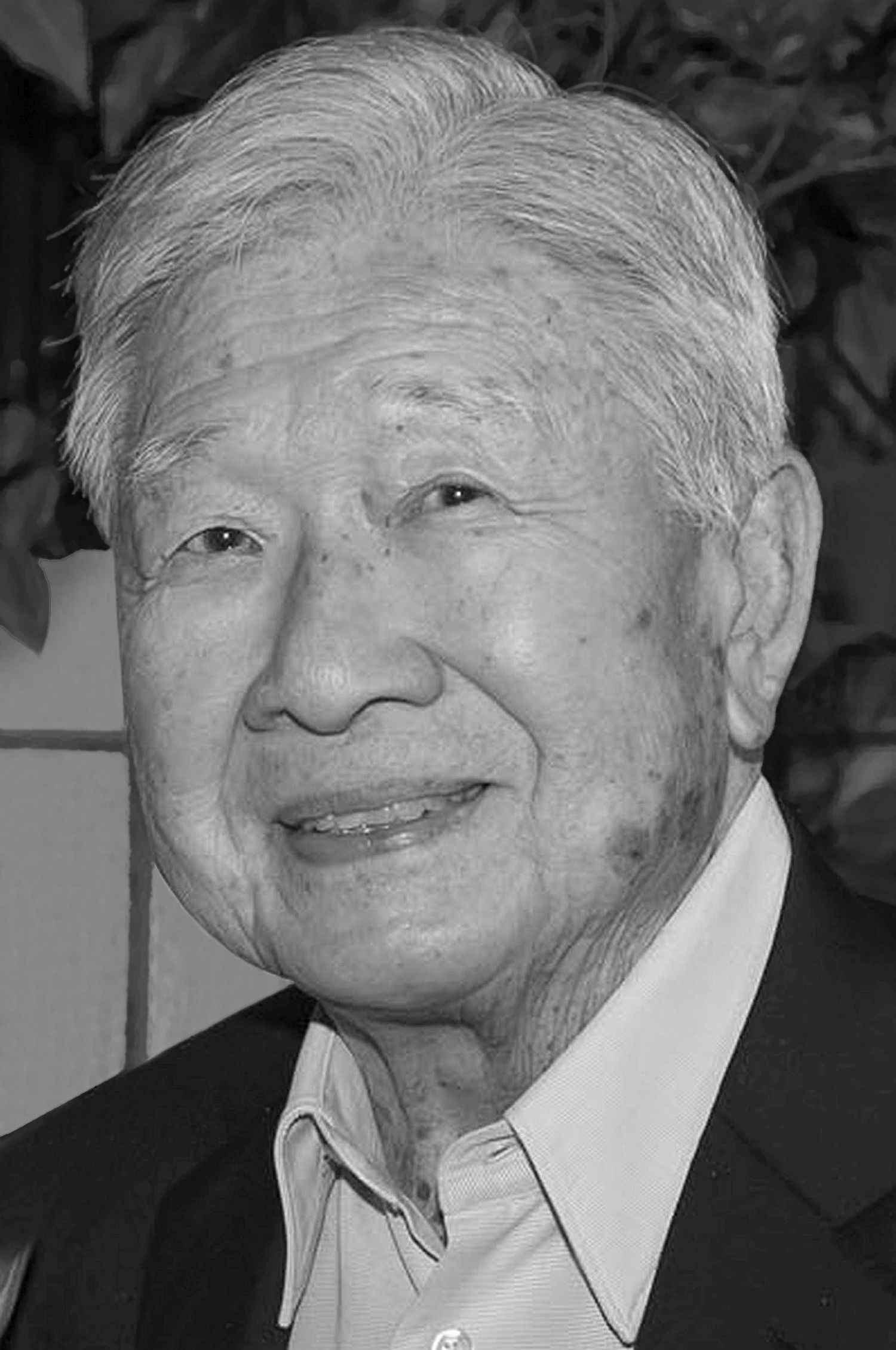 Robert Ching Wo