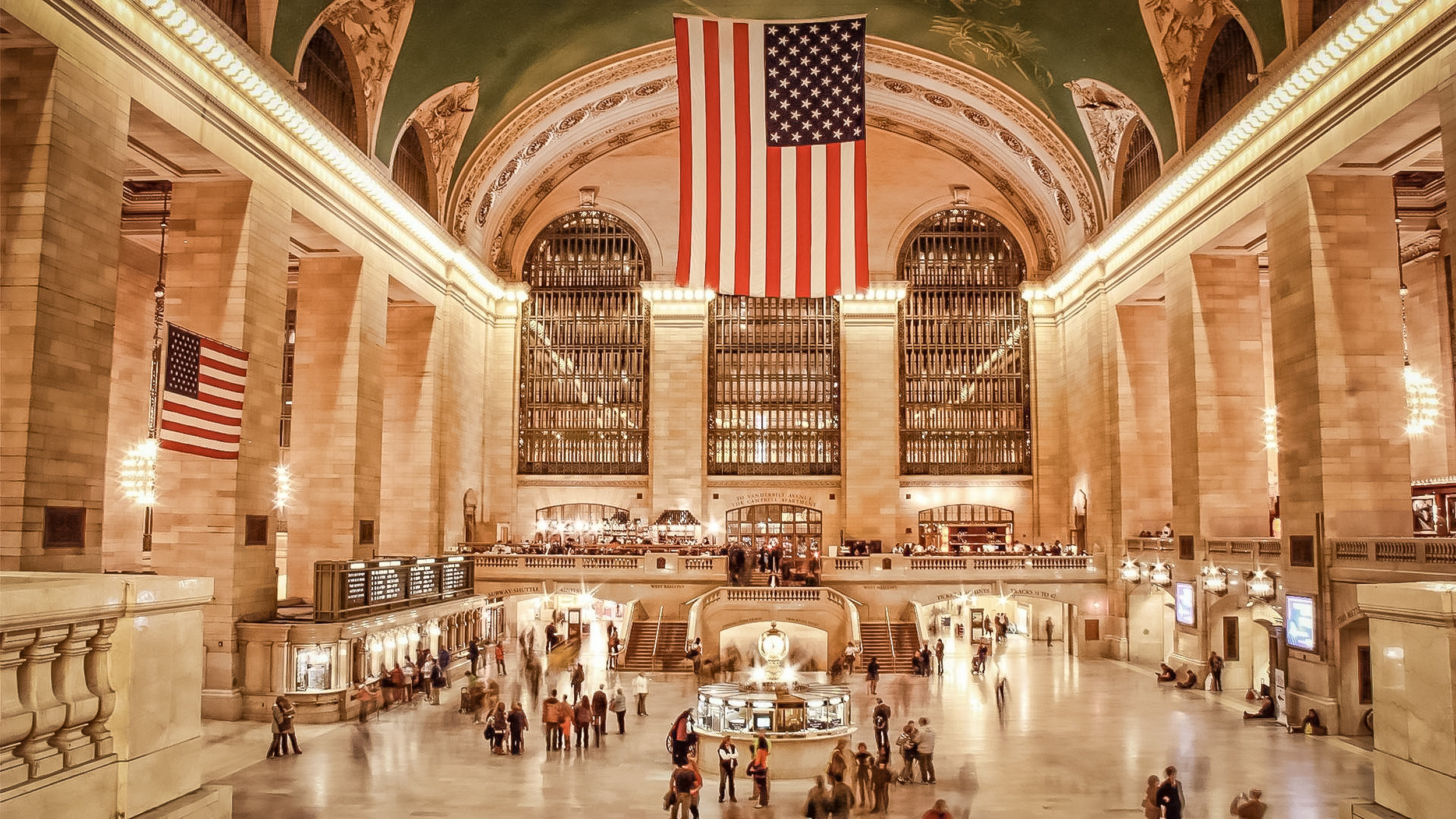 GRAND CENTRAL TERMINAL, MAIN CONCOURSE. PHOTO: LUCAS COMPAN