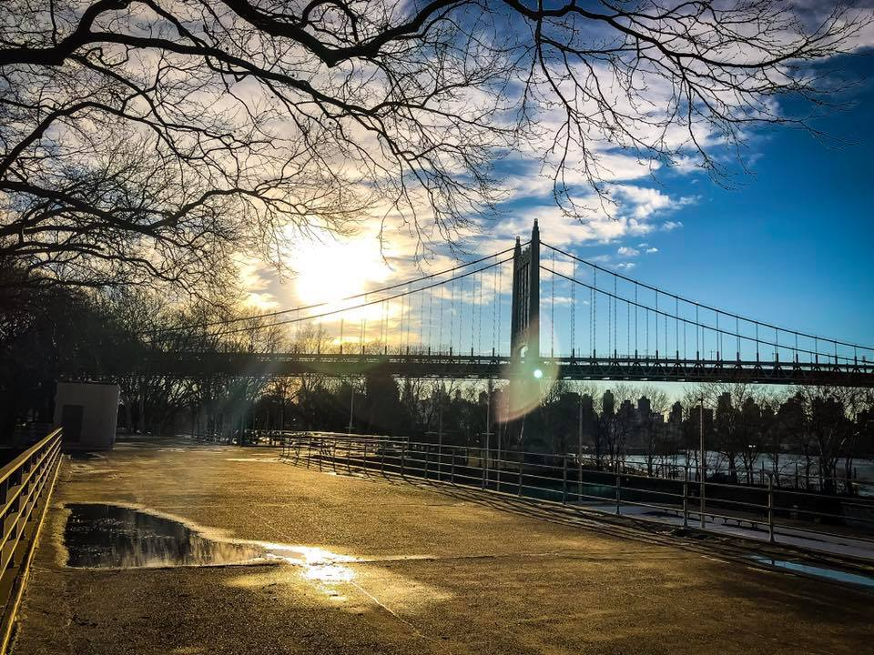 Astoria park is a very cool spot in the city. Photo  @lucascompan