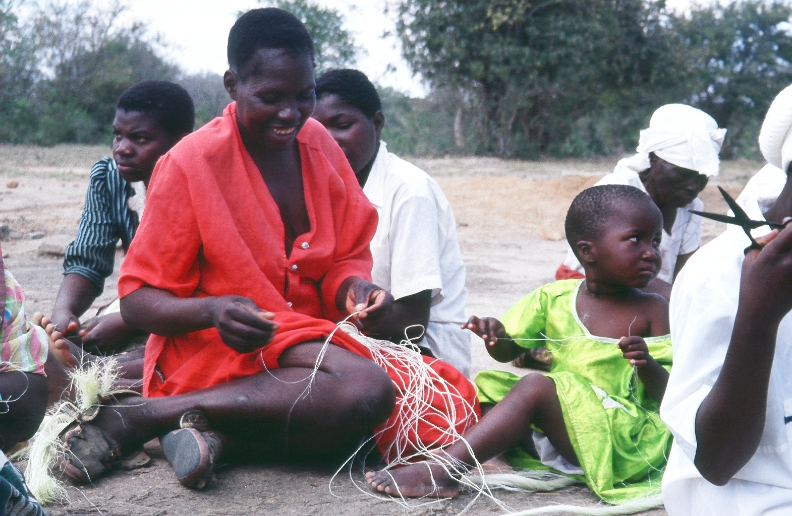 weavingwith kid pic.JPG