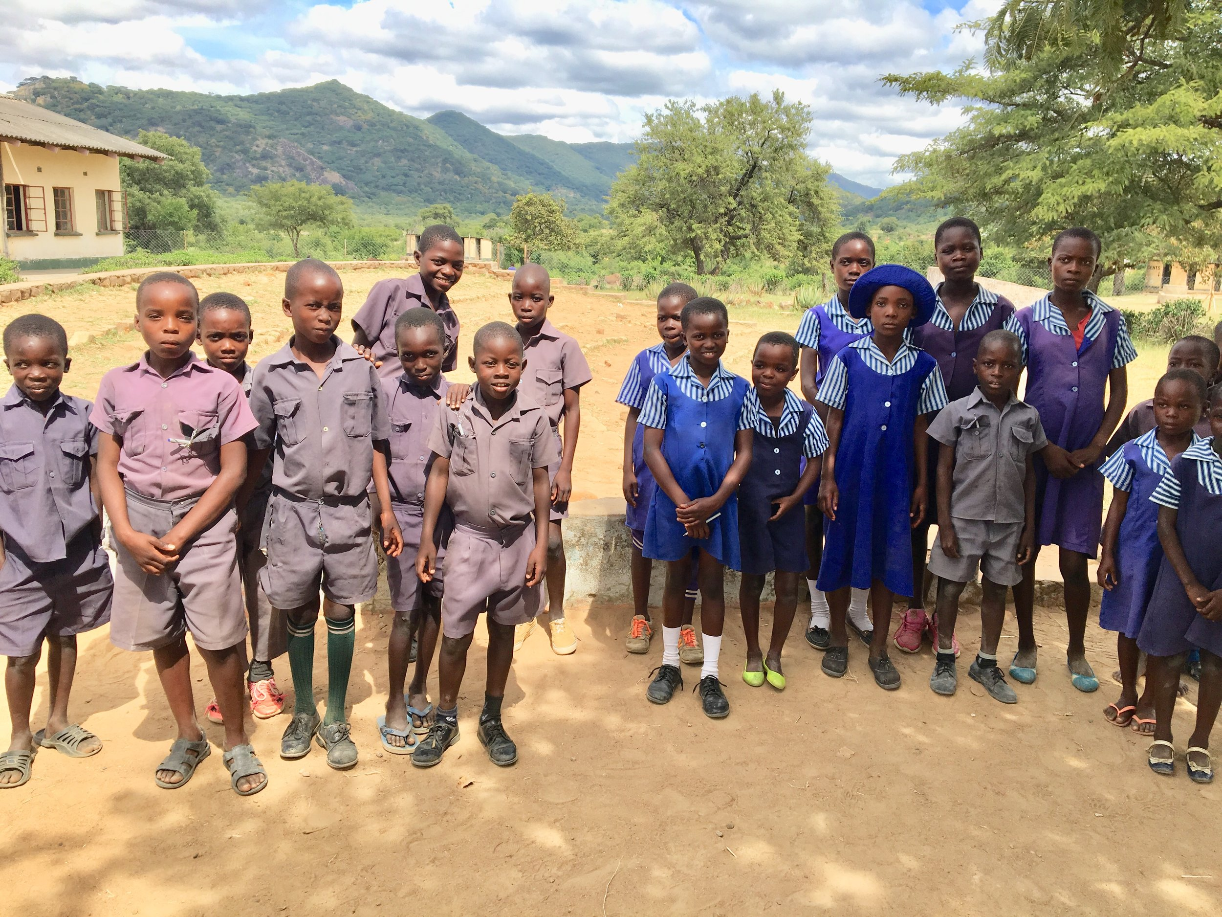 THE ZIENZELE KIDS OF CHAMATUTU PRIMARY SCHOOL!
