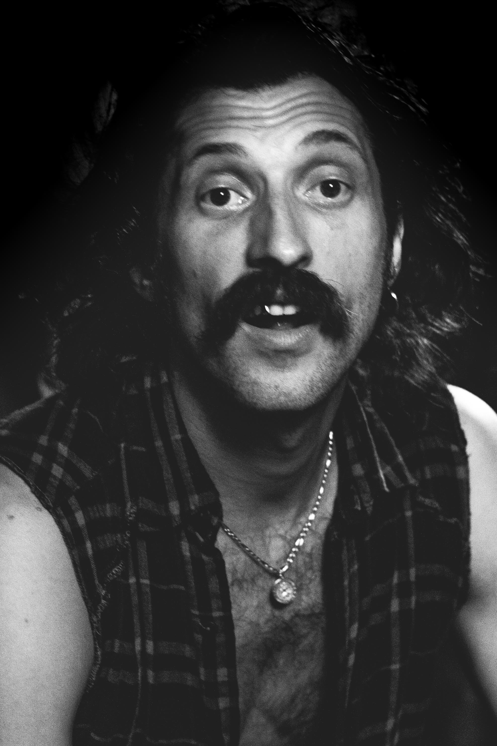 GOGOL_BORDELLO_PORTRAIT_2009-3.jpg