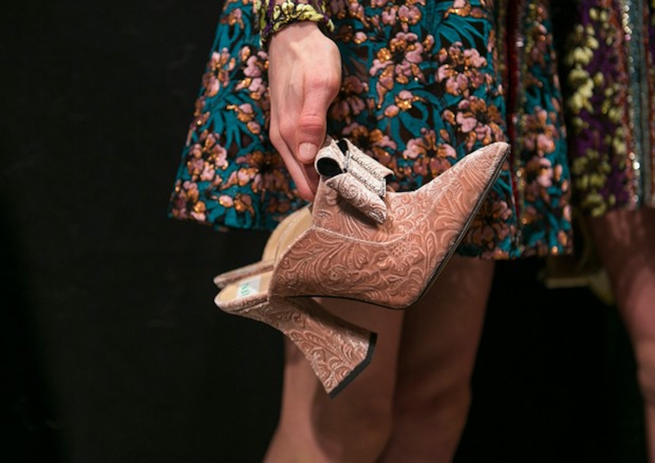 velvet-shoes-sapato-veludo.jpg