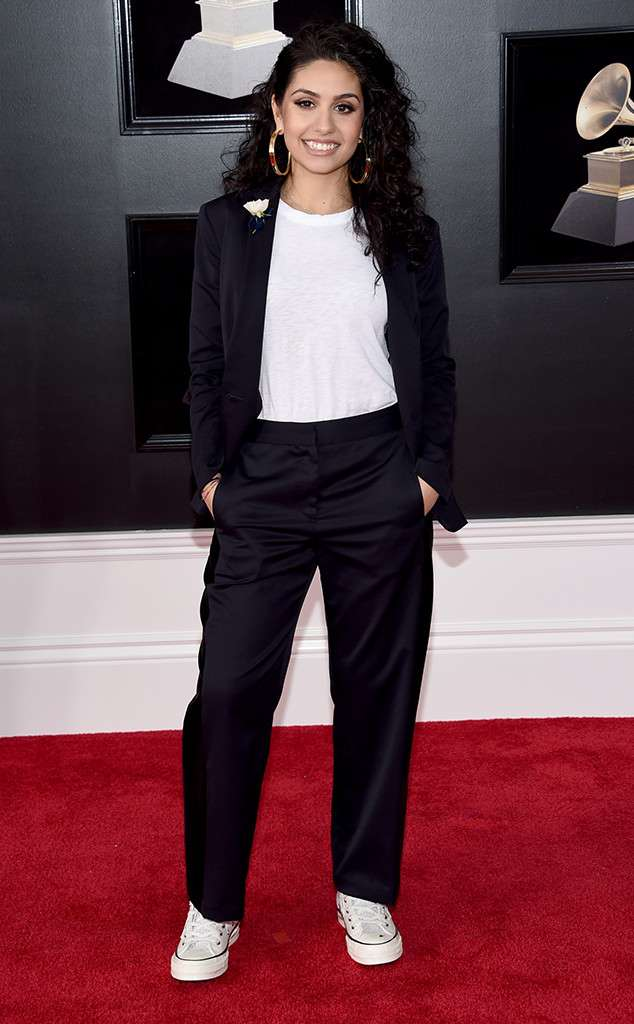 rs 634x1024 180128162905 634 alessia cara red carpet fashion 2018 grammy awards - Os looks do Grammys favoritos da nossa fashion editor