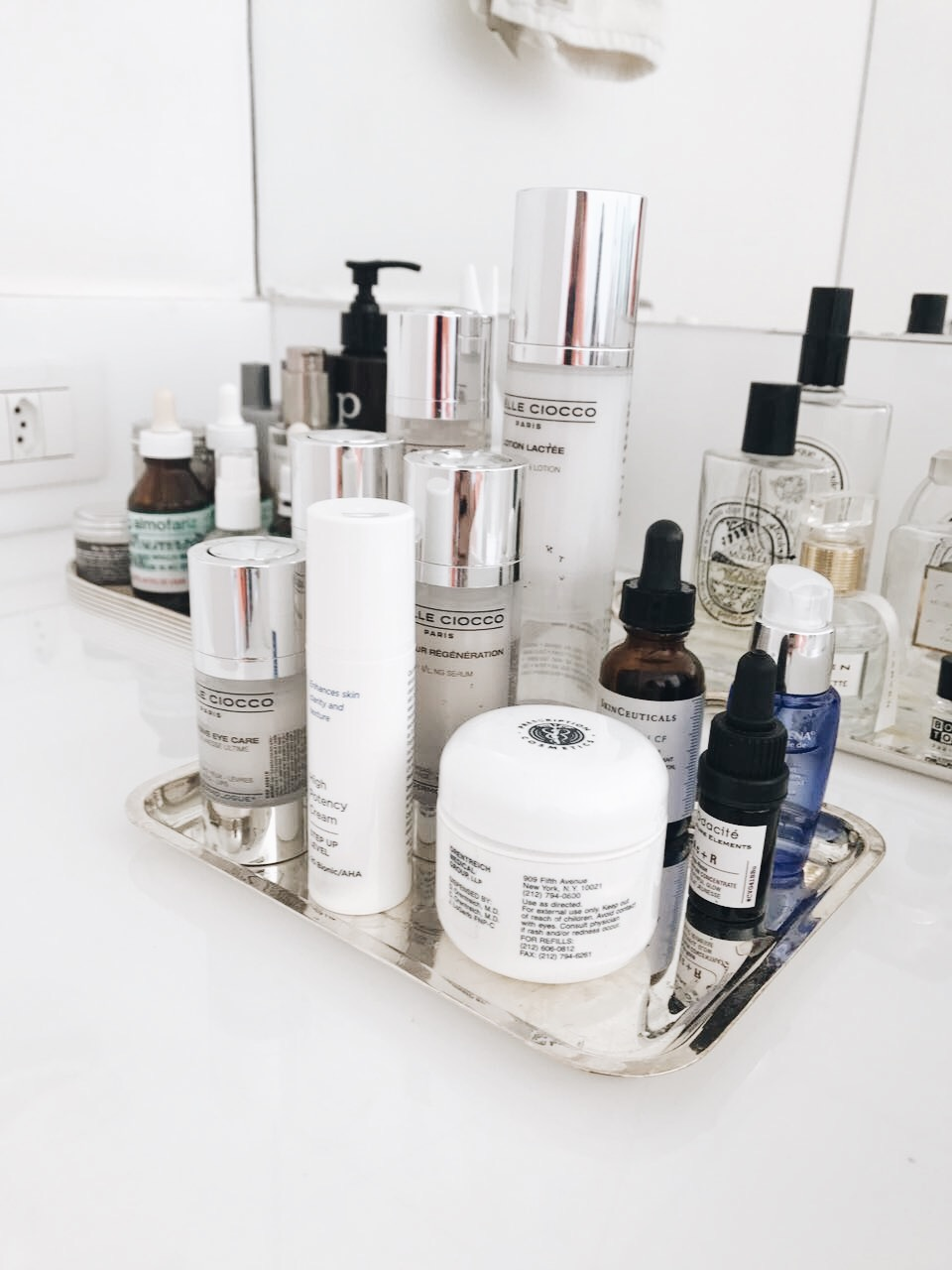 IMG 0755 - Top Shelf: A Beauty Routine da Helena Sicupira