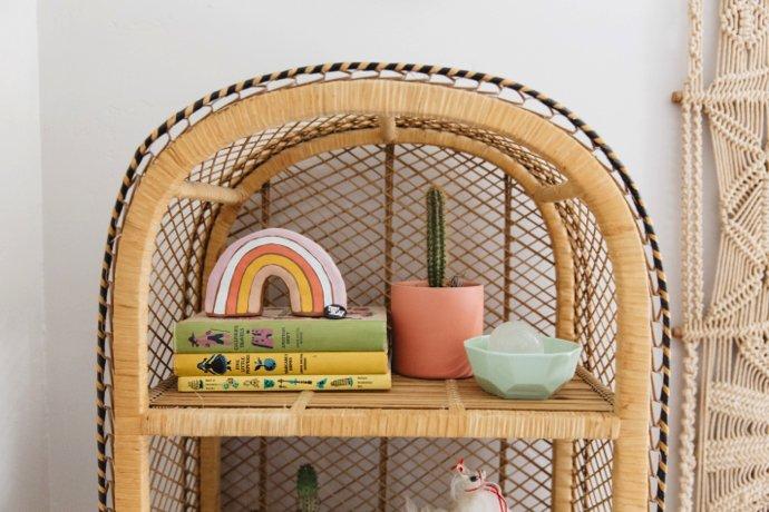 A Peak Inside This Boho Nursery 6 - Wish List: Um Arco-íris de Cerâmica