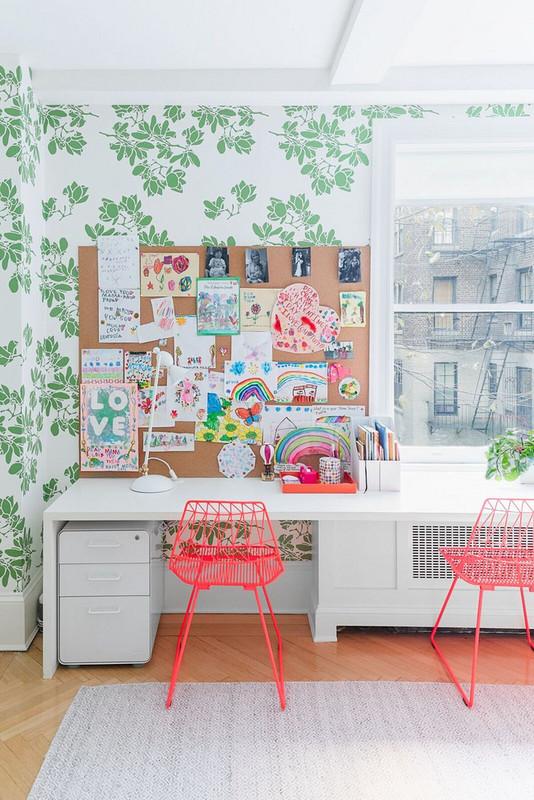 11 ways to turn kids art into covetable home decor 5a872aa7727e7f083ec17c78 w620 h800 - Cool Ideas Para Decorar Com os Desenhos das Crianças